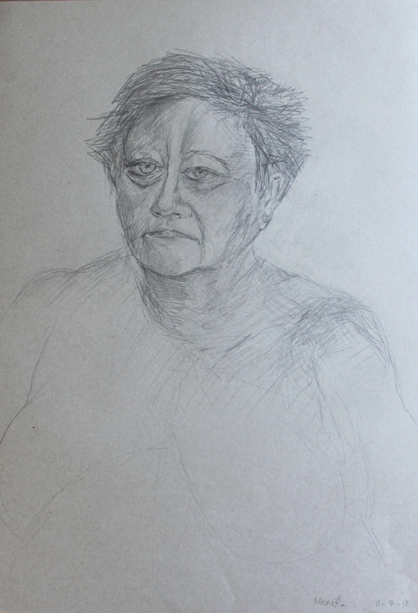 Monika, Tempera und Kohle auf Papier, 2018, 50 cm x 69,5 cm