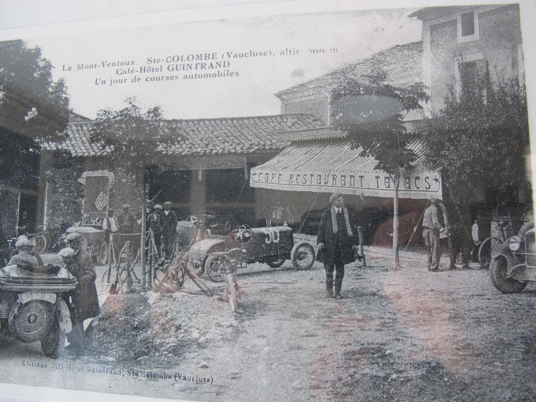 Hôtel pension restaurant le Guintrand au pied du mont Ventoux Bedoin chambre course automobile