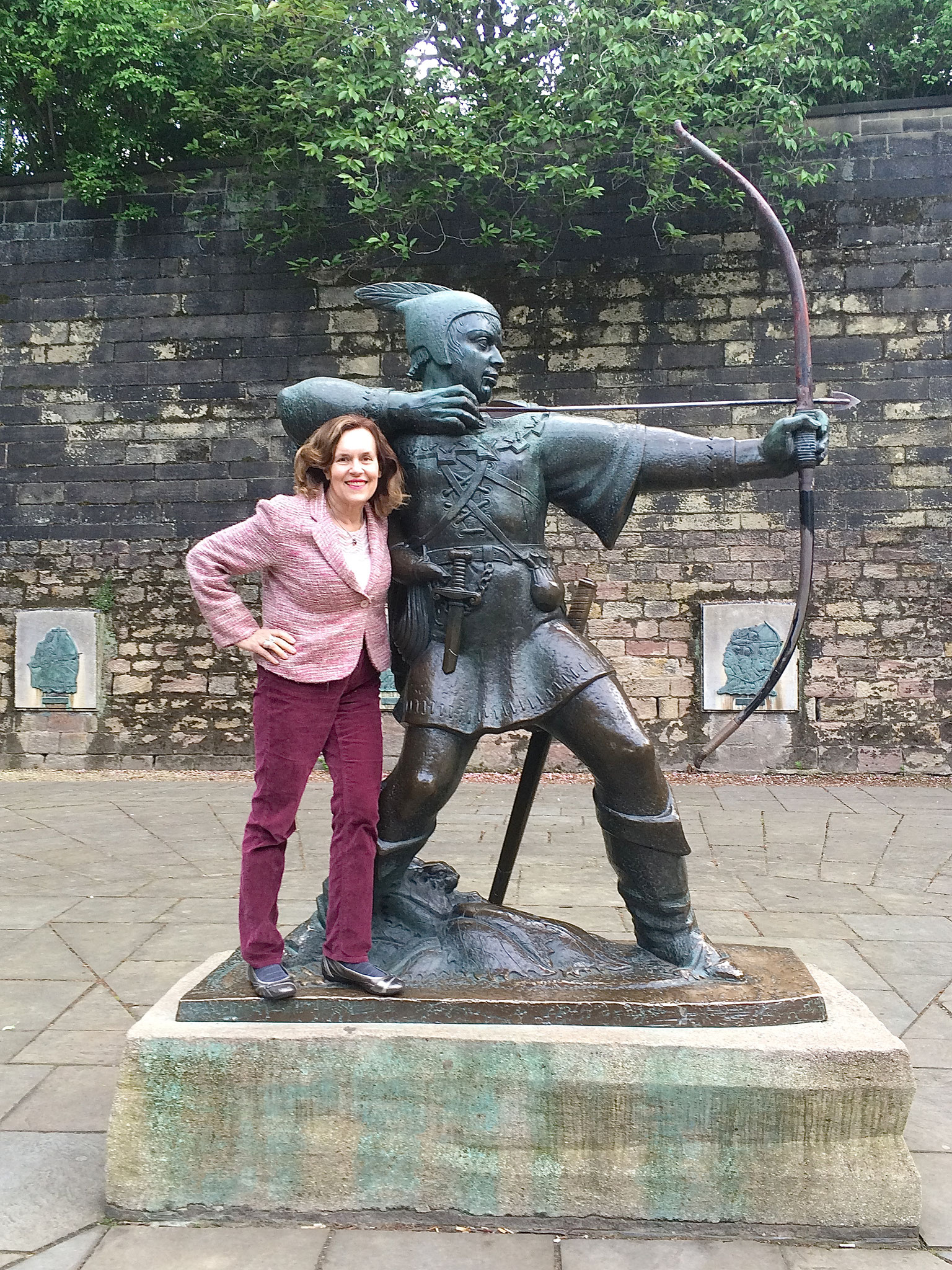 Lorraine with Robinhood in Nottingham