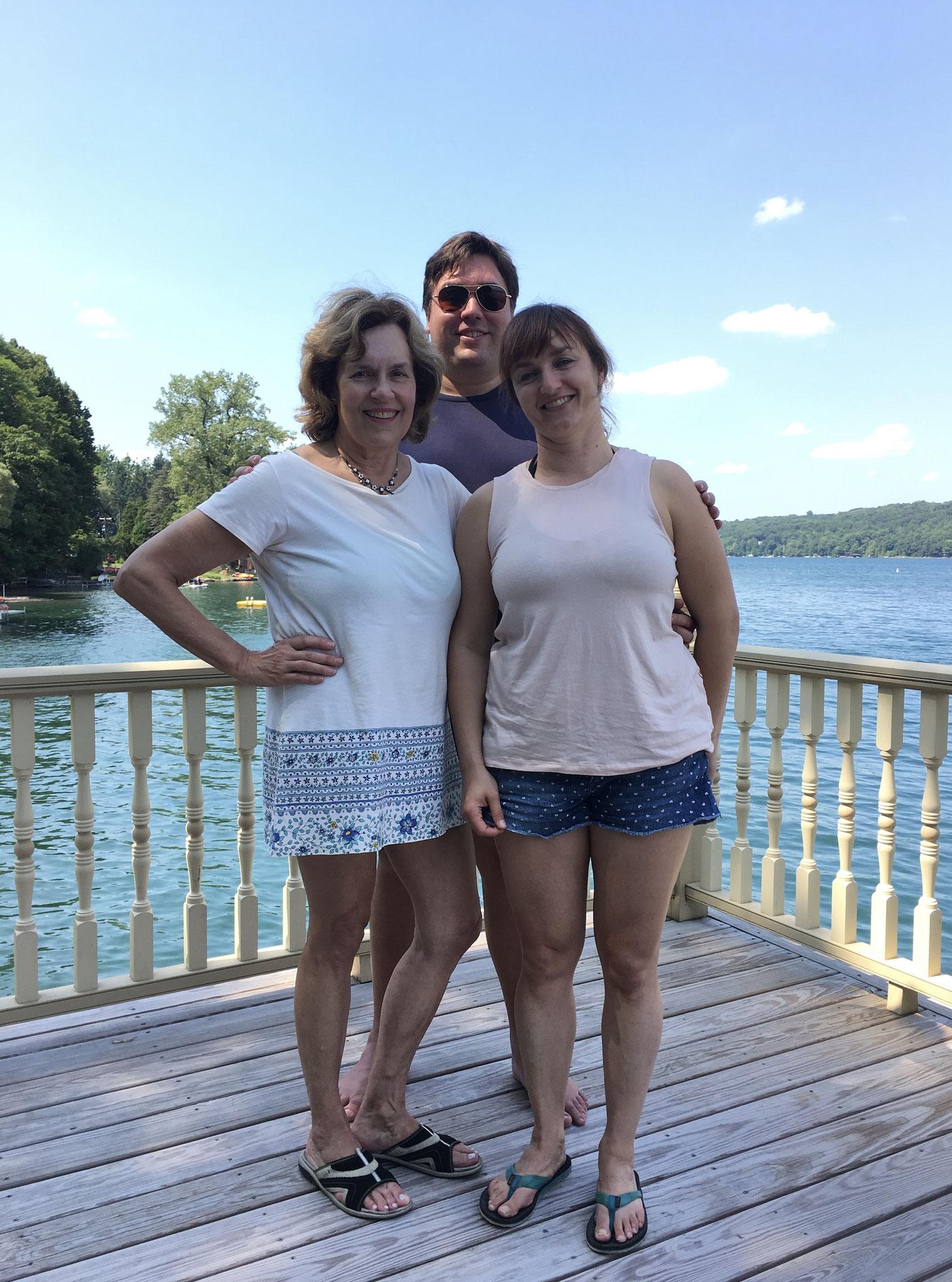 Lorraine, Greg, & cousin Wendy