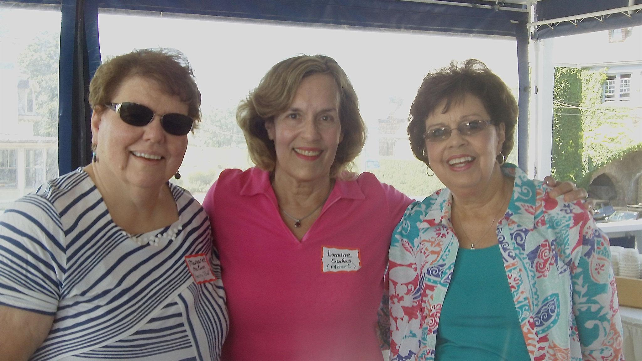 Margaret, Lorraine & Kathy -cousins!
