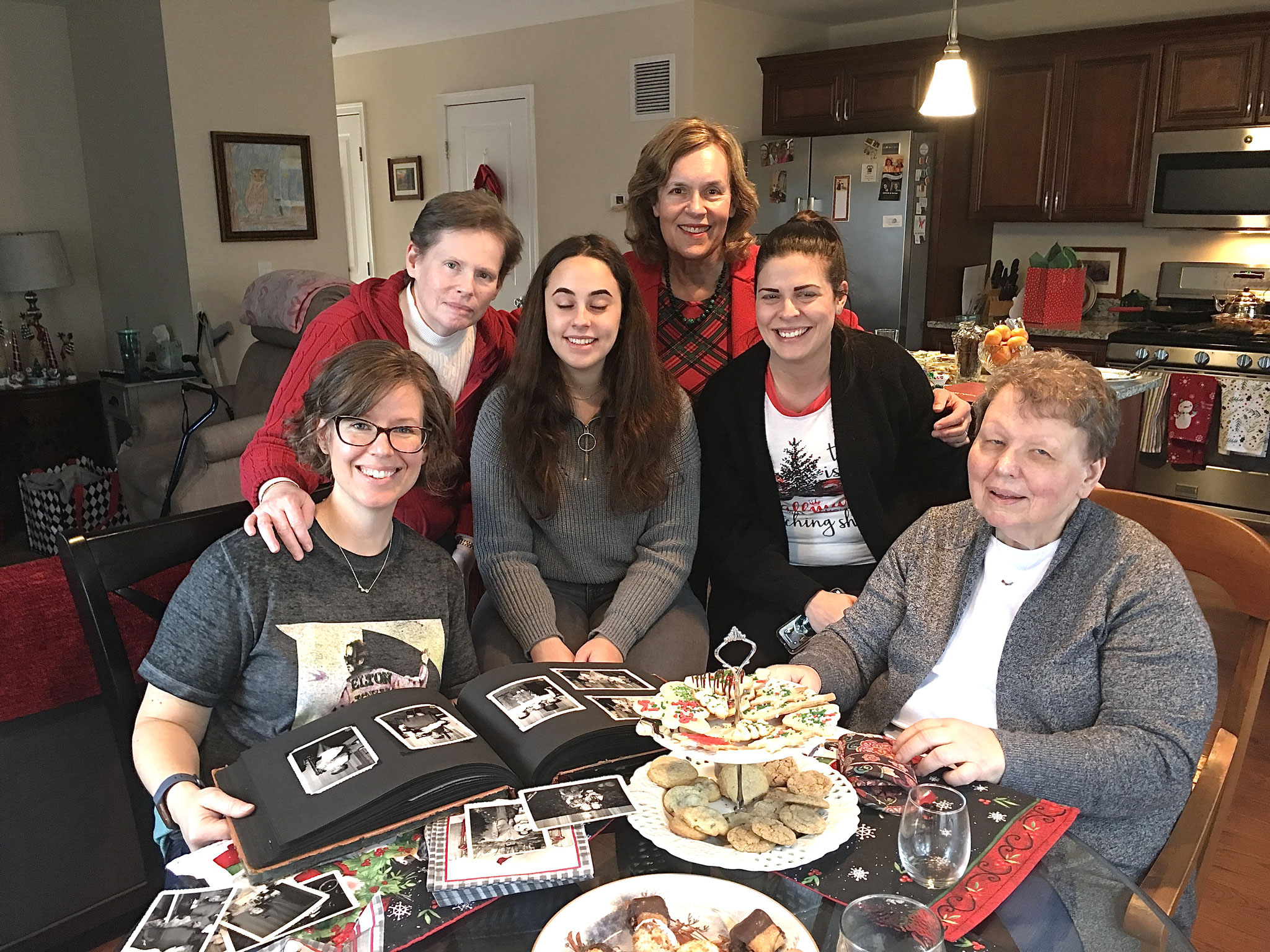 Xmas, 2019 RI Meg, Jane, Caitlin, Nicole, & Margaret
