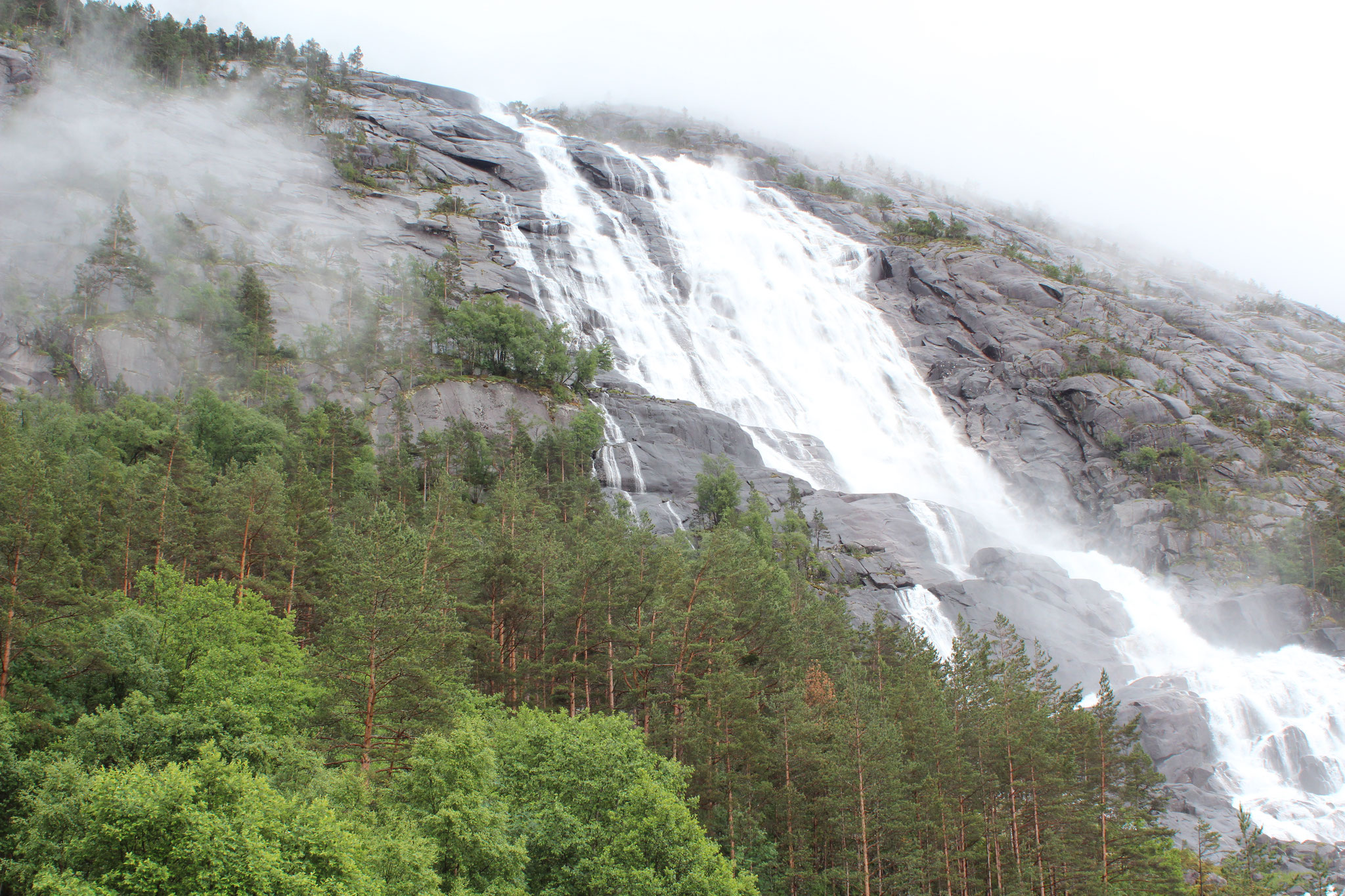 Norwegen - Land der Wasserfälle