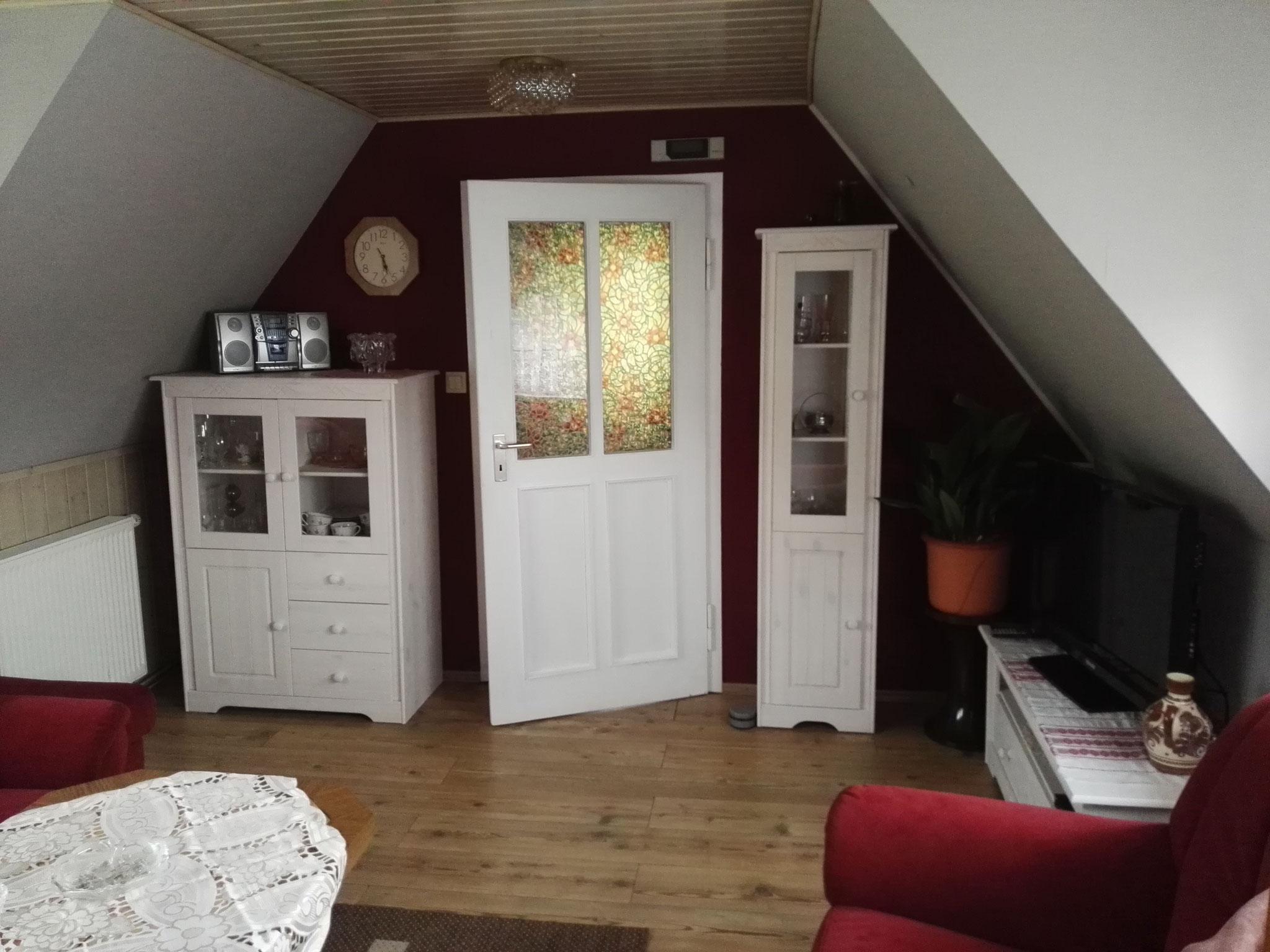 Das neu ein- und vorgerichtete Wohnzimmer.