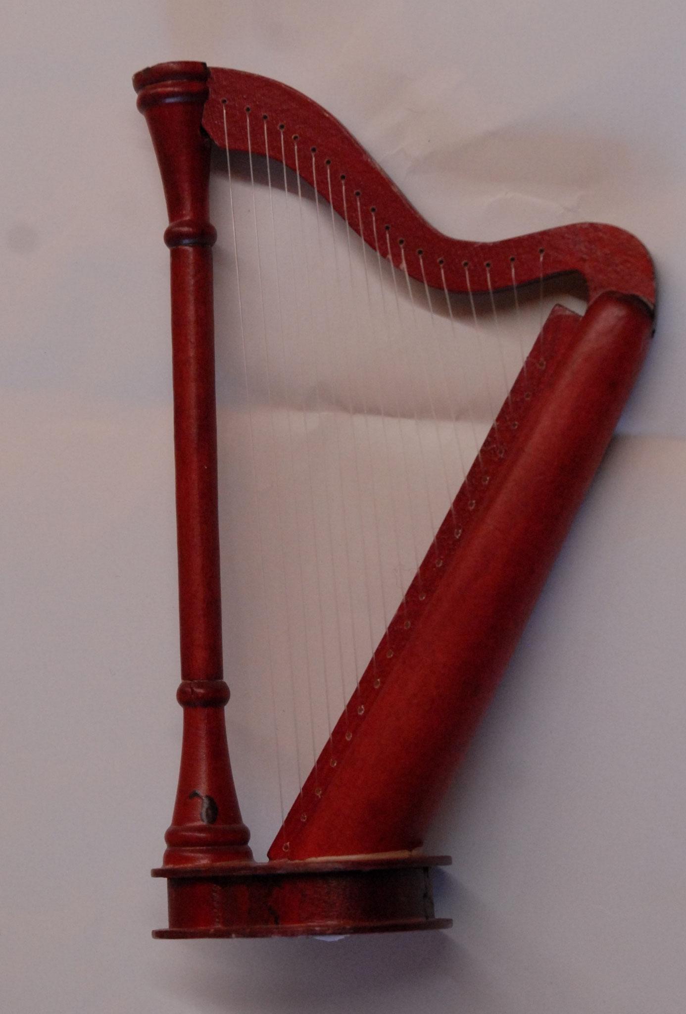 Harfe stehend zu Figuren Gross