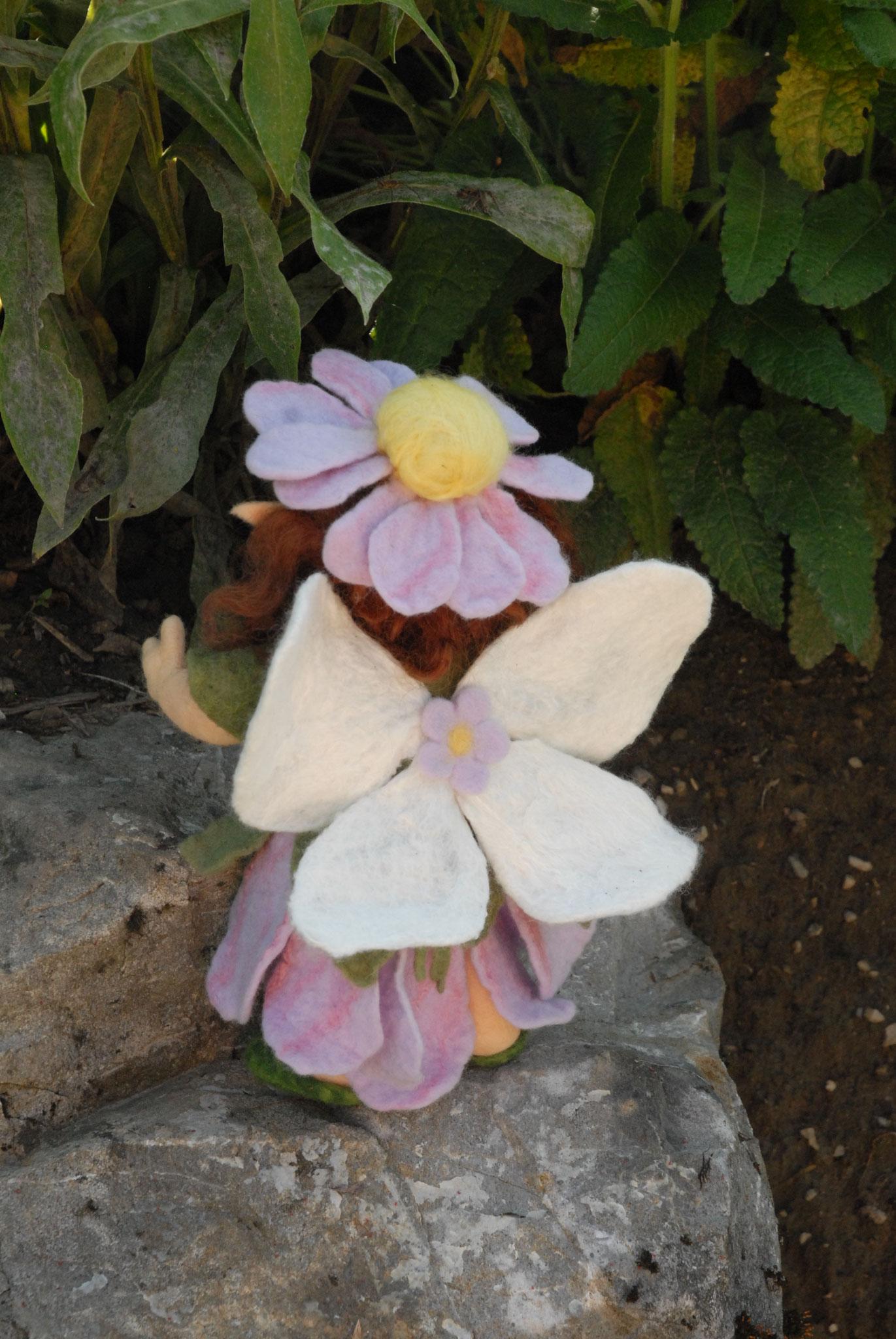 Blumenelfe 10