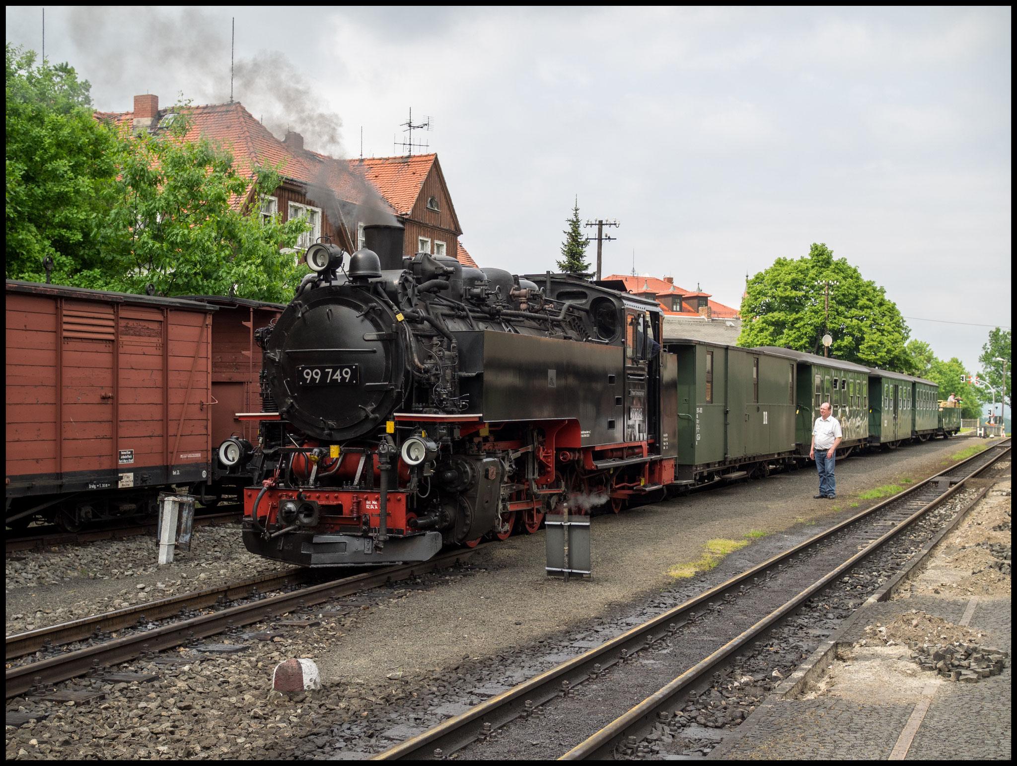 99 749 in Bertsdorf