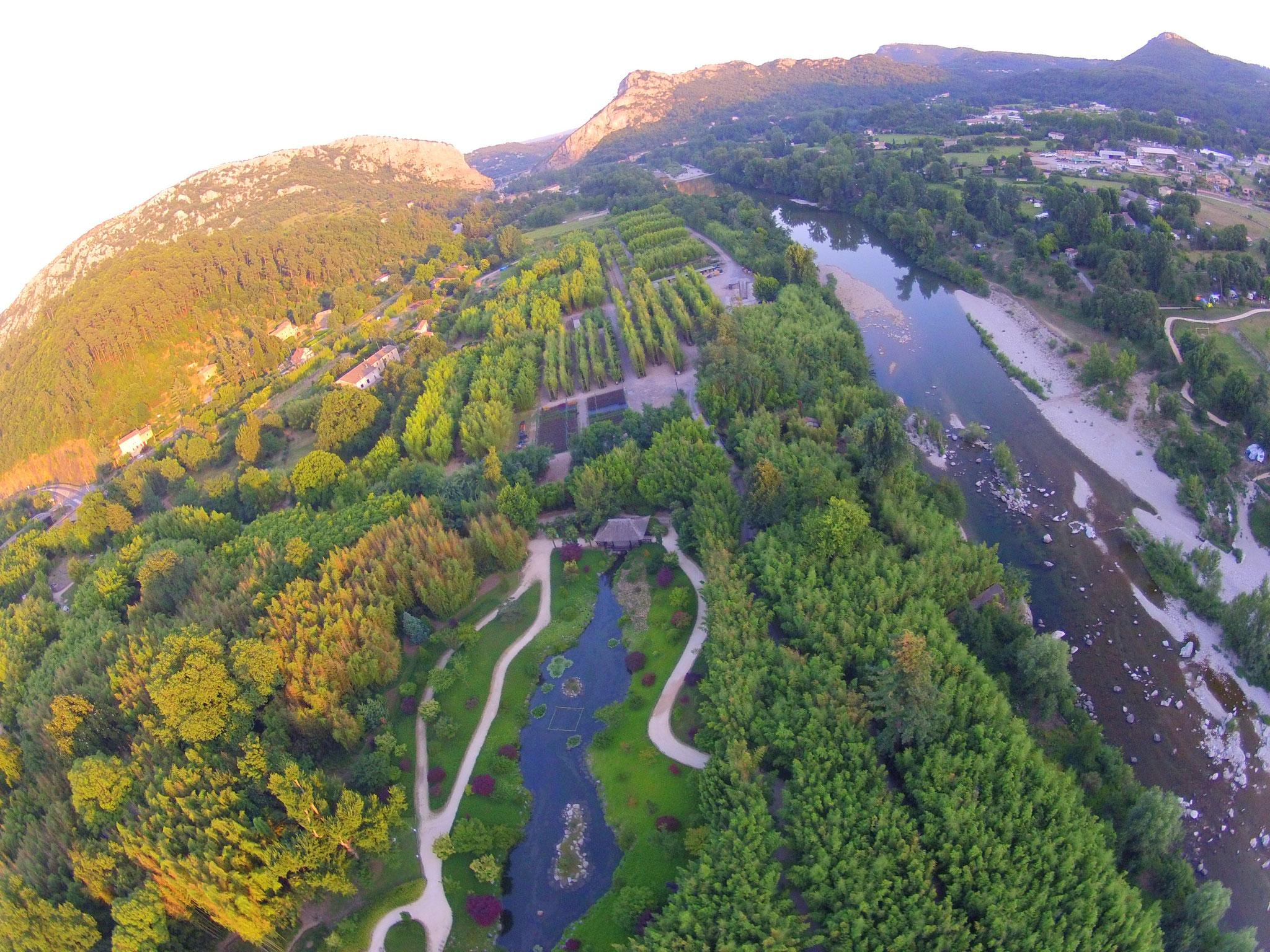 le parc botanique de la Bambouseraie sur les rives du Gardon d'Anduze