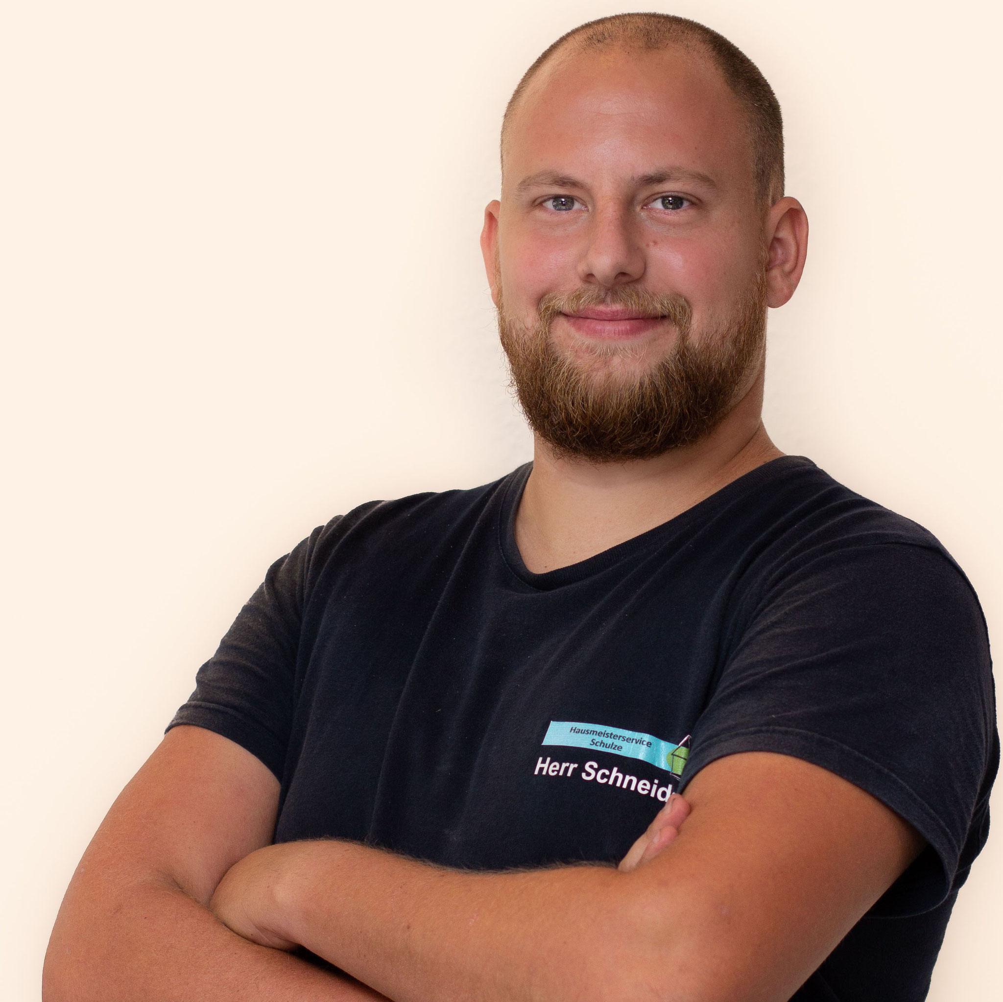 Herr Schneider - Haustechniker