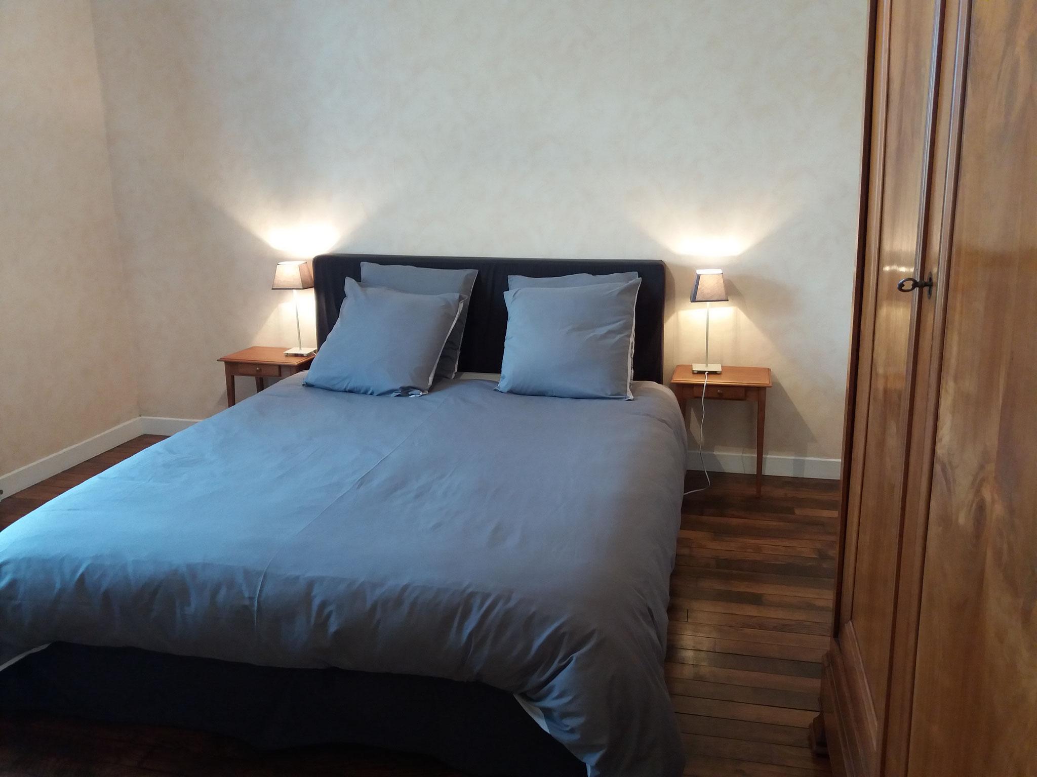"""chambre d'hôtes familiale   chambre des parents avec lit en 160 """"Suite Les Oyats"""" La villa du Marquenterre"""