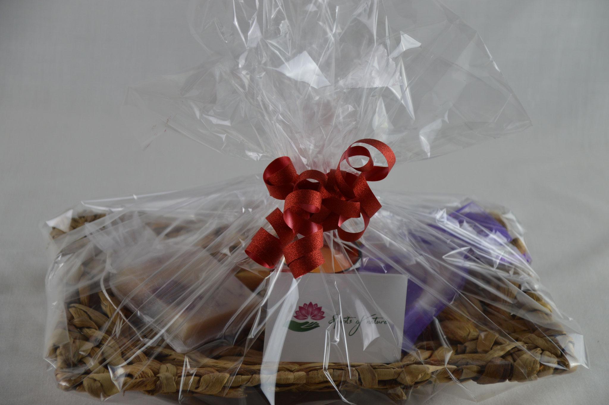 Geschenkkörbe - individuell nach Ihren Wünschen zusammengestellt