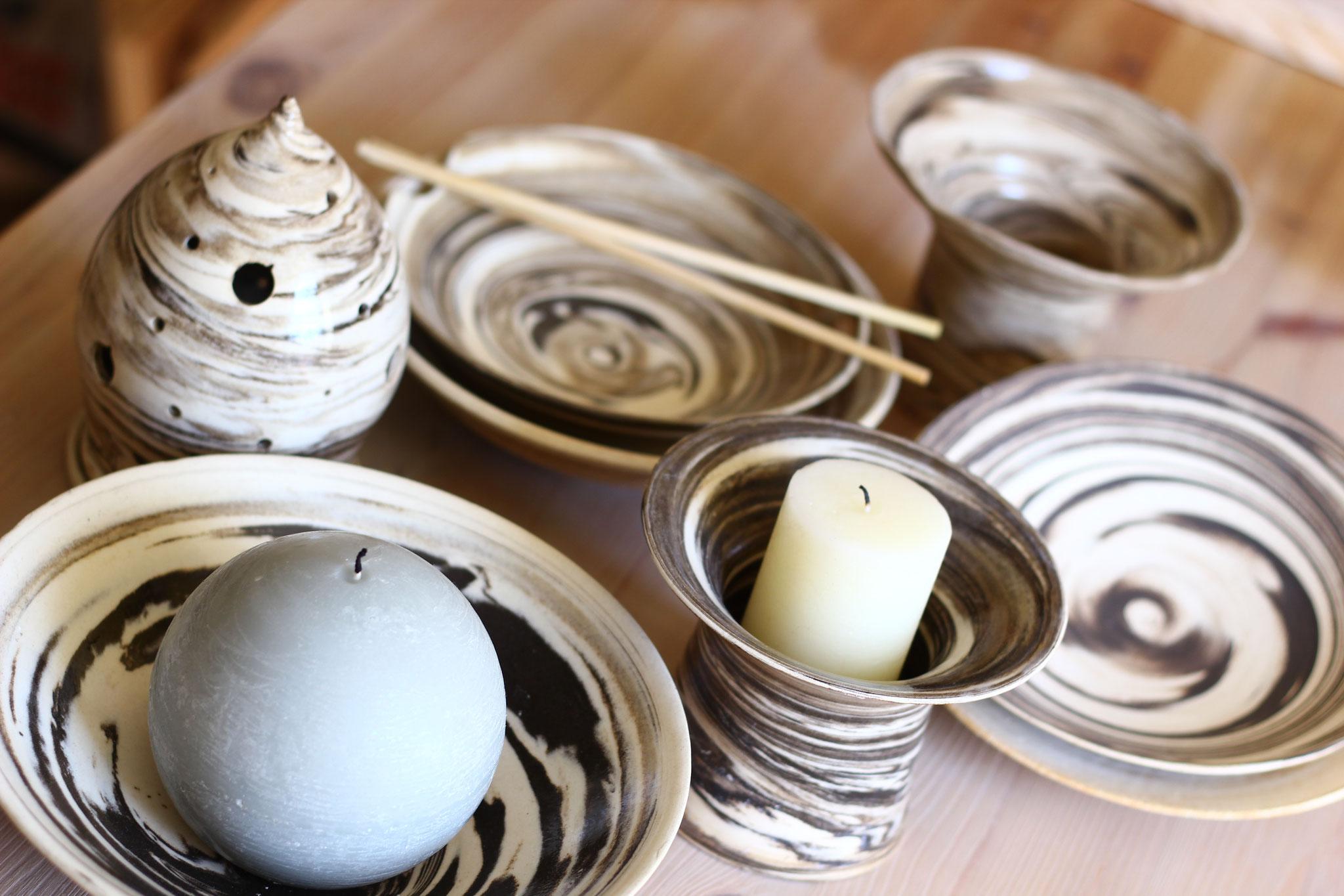 le savoir faire d'un artisan potier créant des pièces originales pour terra manusia