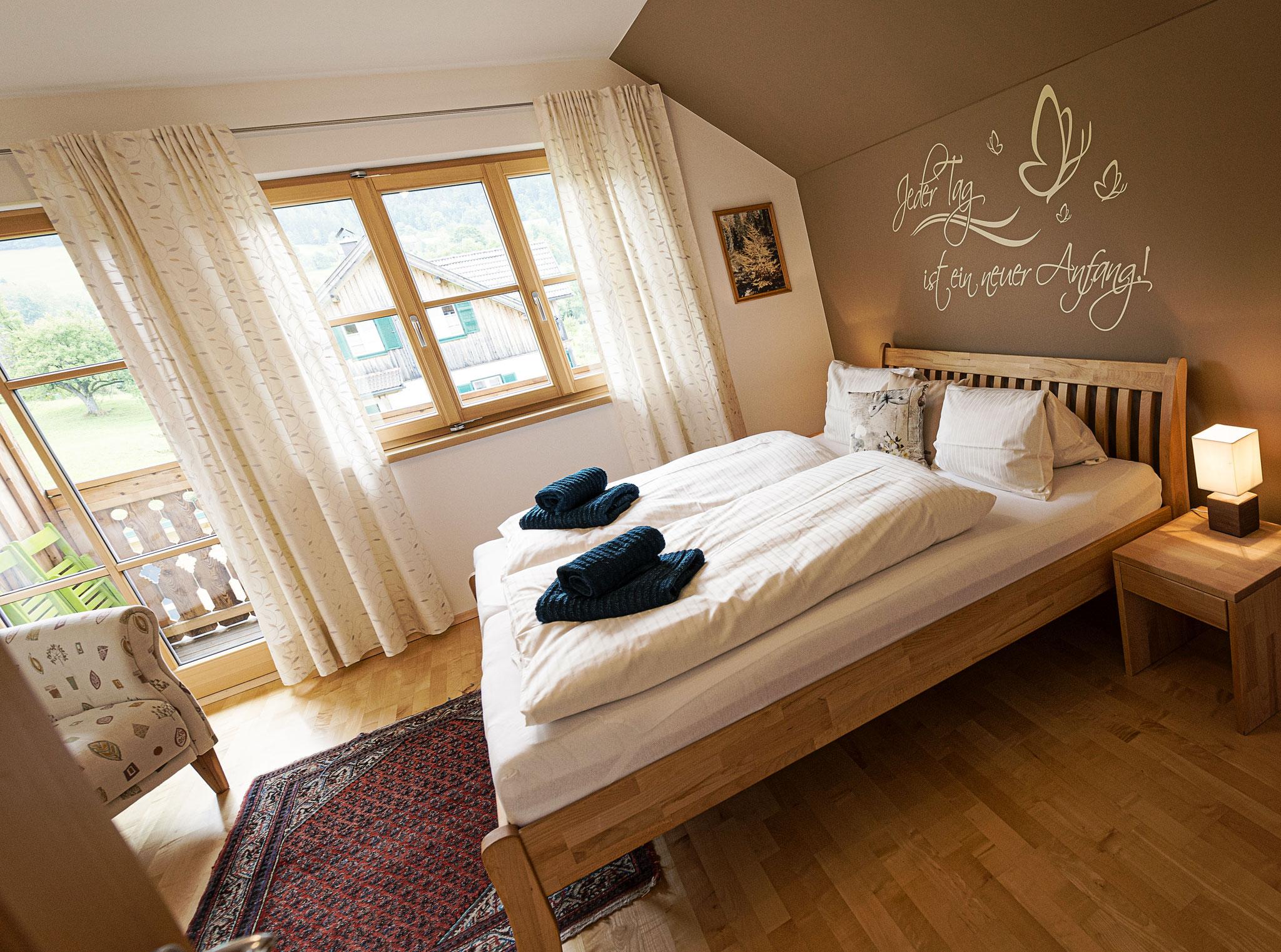 erstes Schlafzimmer Ferienhaus Ausseerland