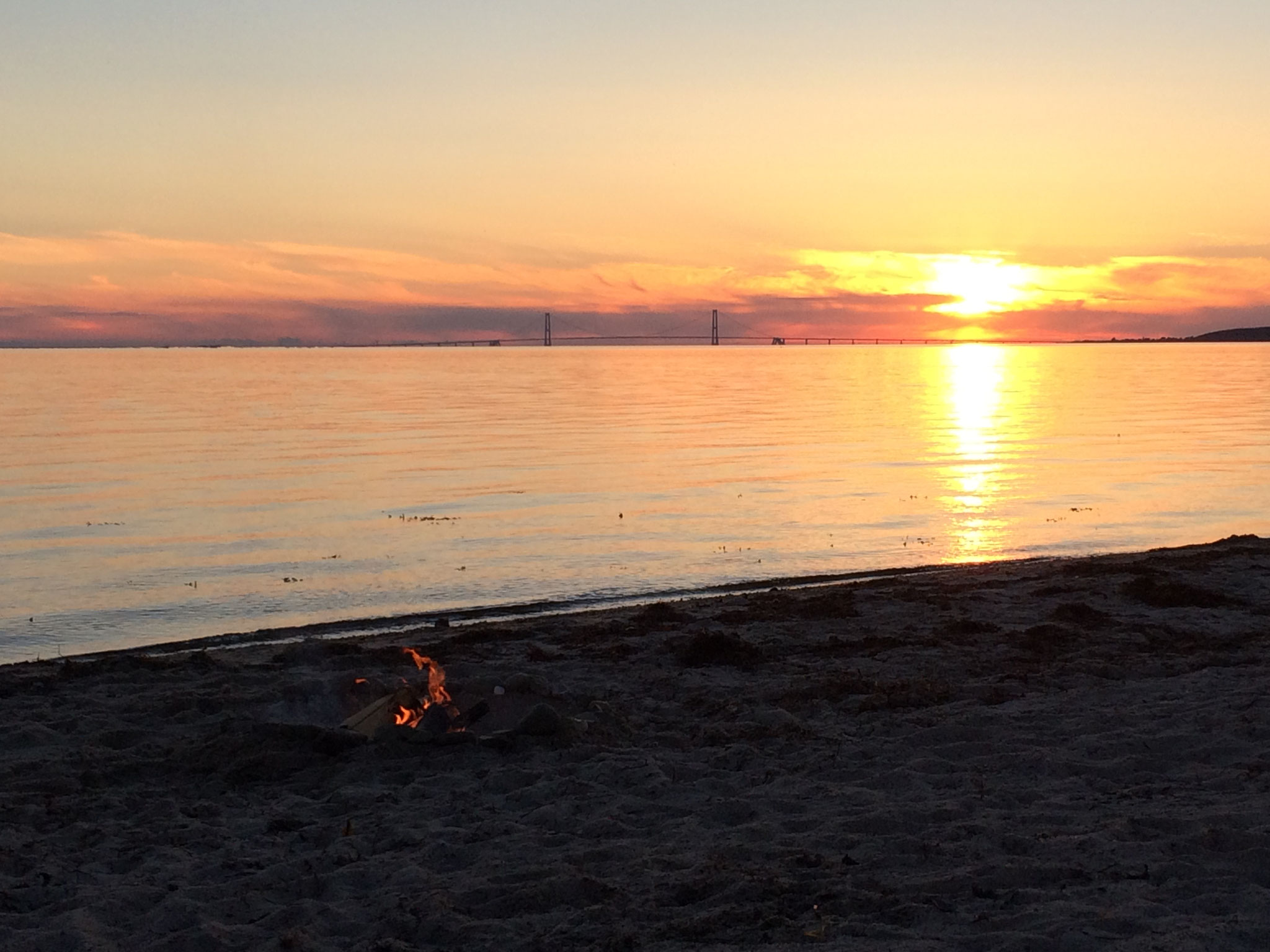 Sonnenuntergang am Strand in Skaelskor