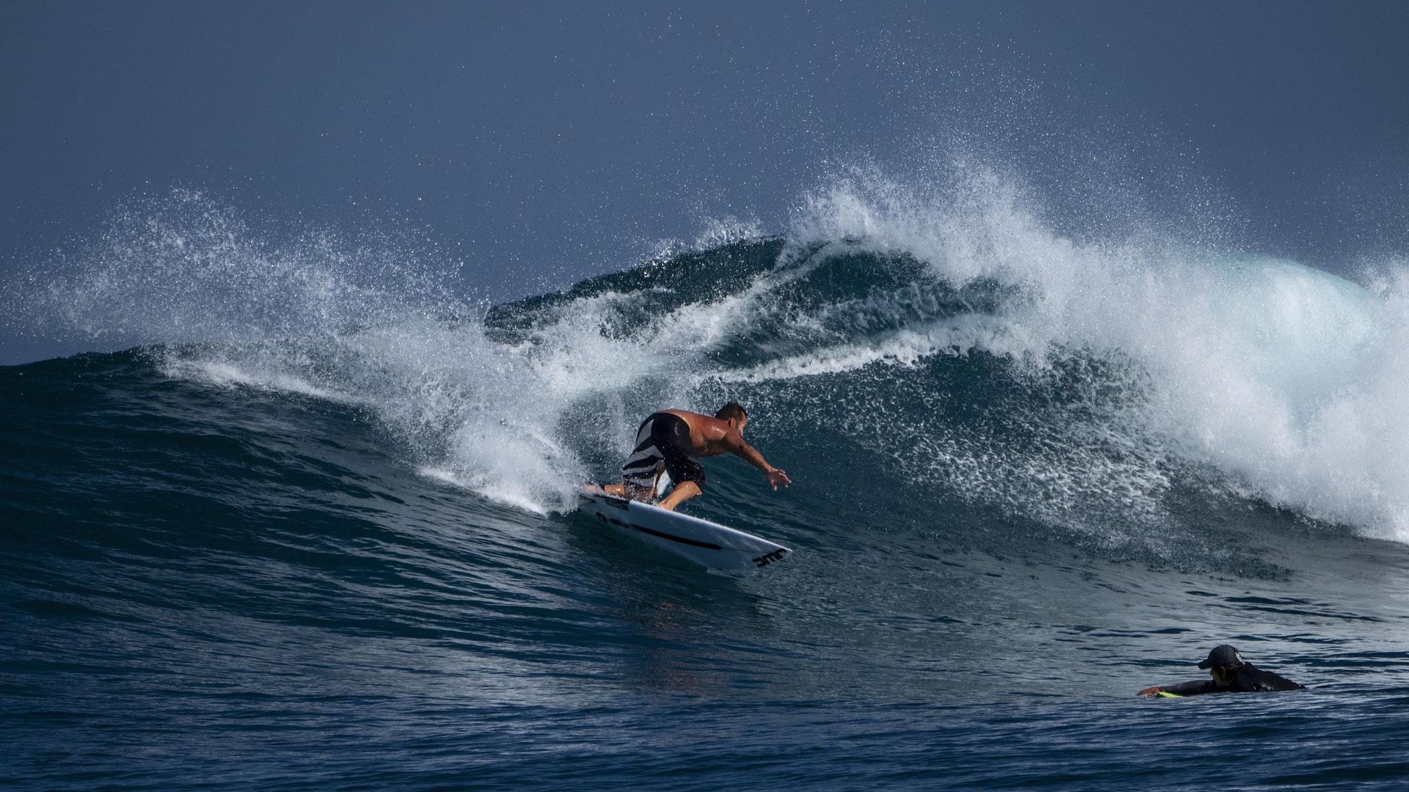 Justin West Coaching credit: Roger Sharp, Carve Surfing Magazine