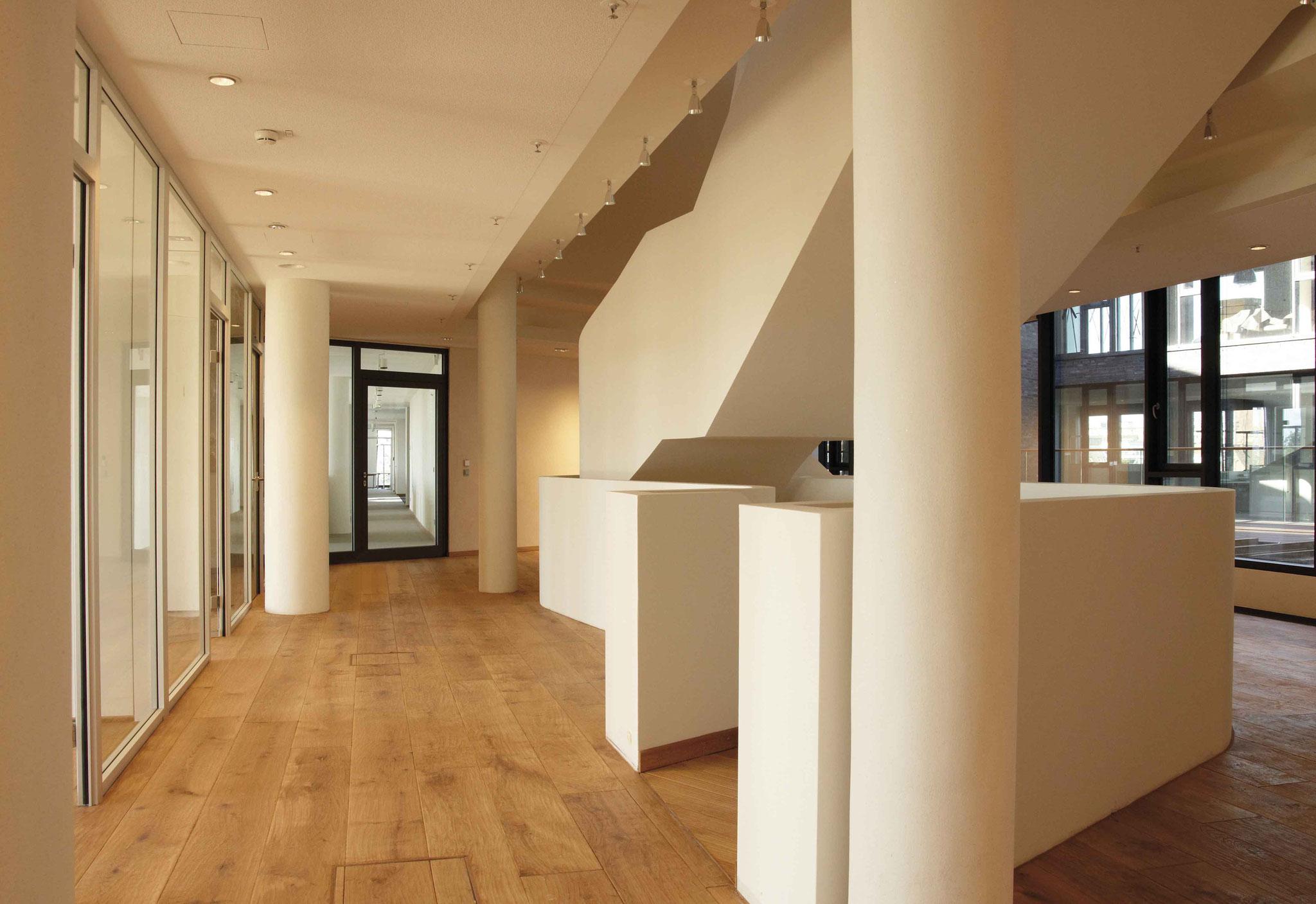 Bodenbelag und Parkett für ein Reederei-Gebäude in Bremen