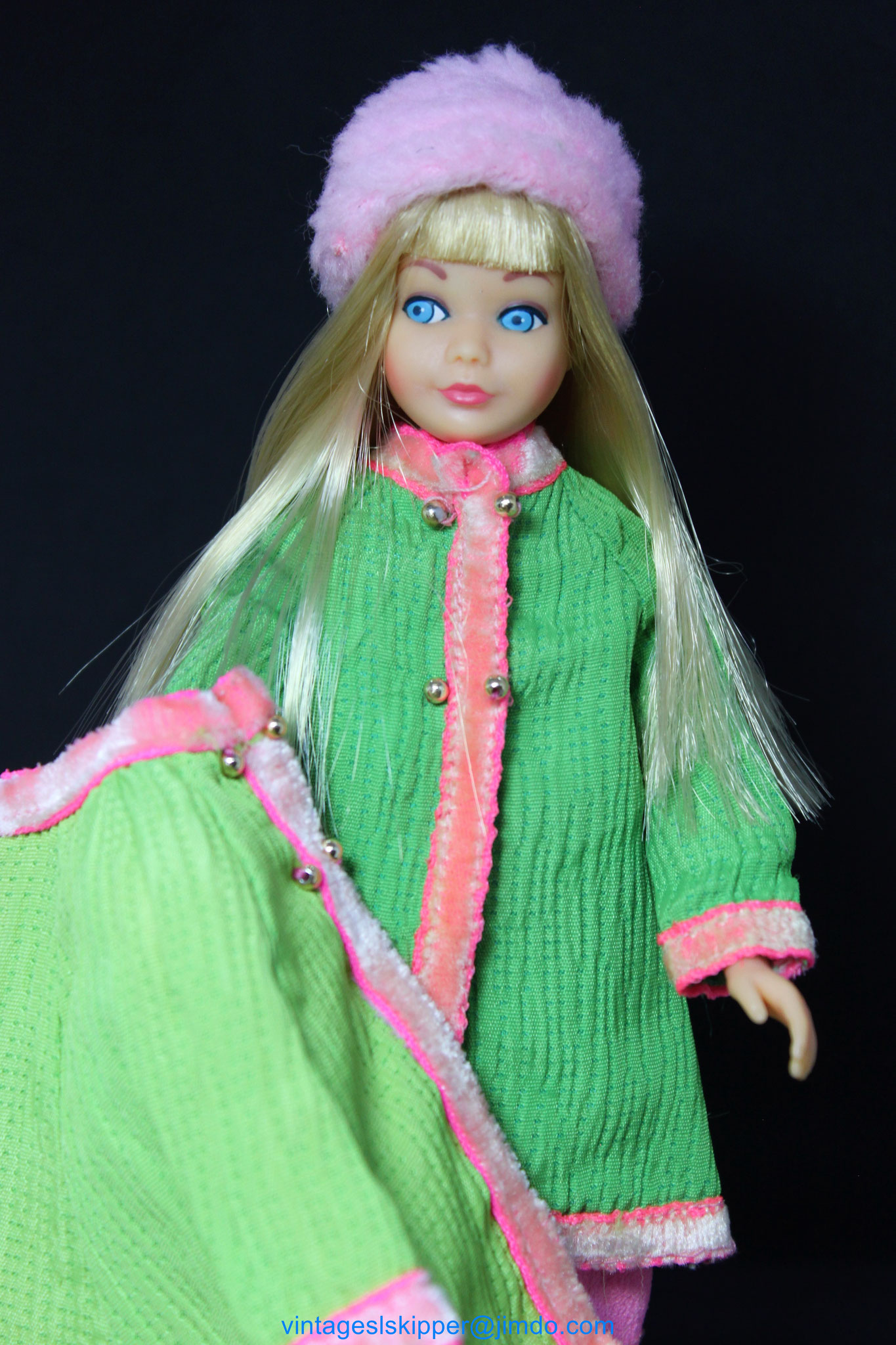 NEW Barbie Fashion Spring Doll 2016 Pink /& Yellow Flowered Dress