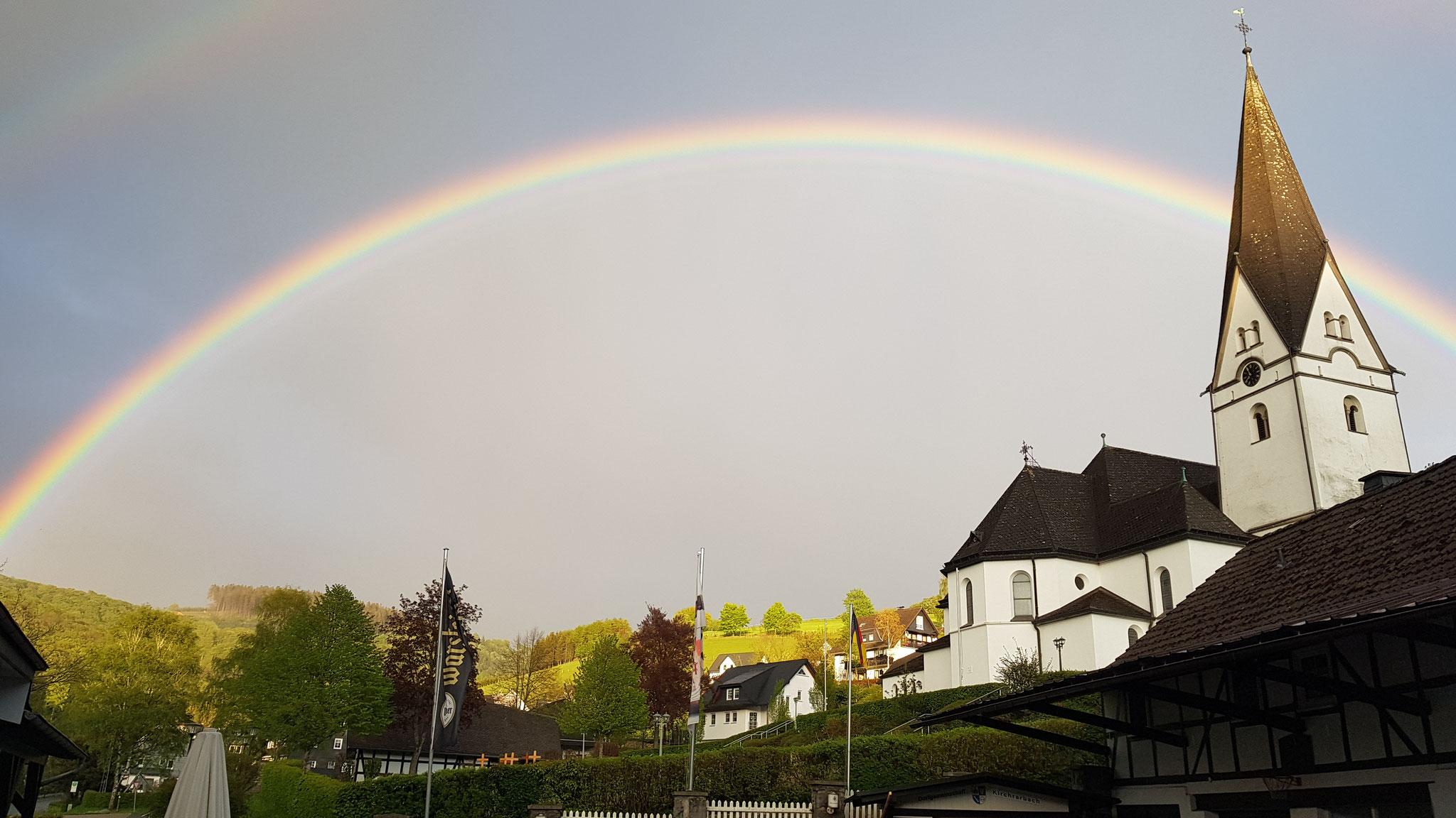 Winni Sperlich - Regenbogen über Kirchrarbach - April 2020