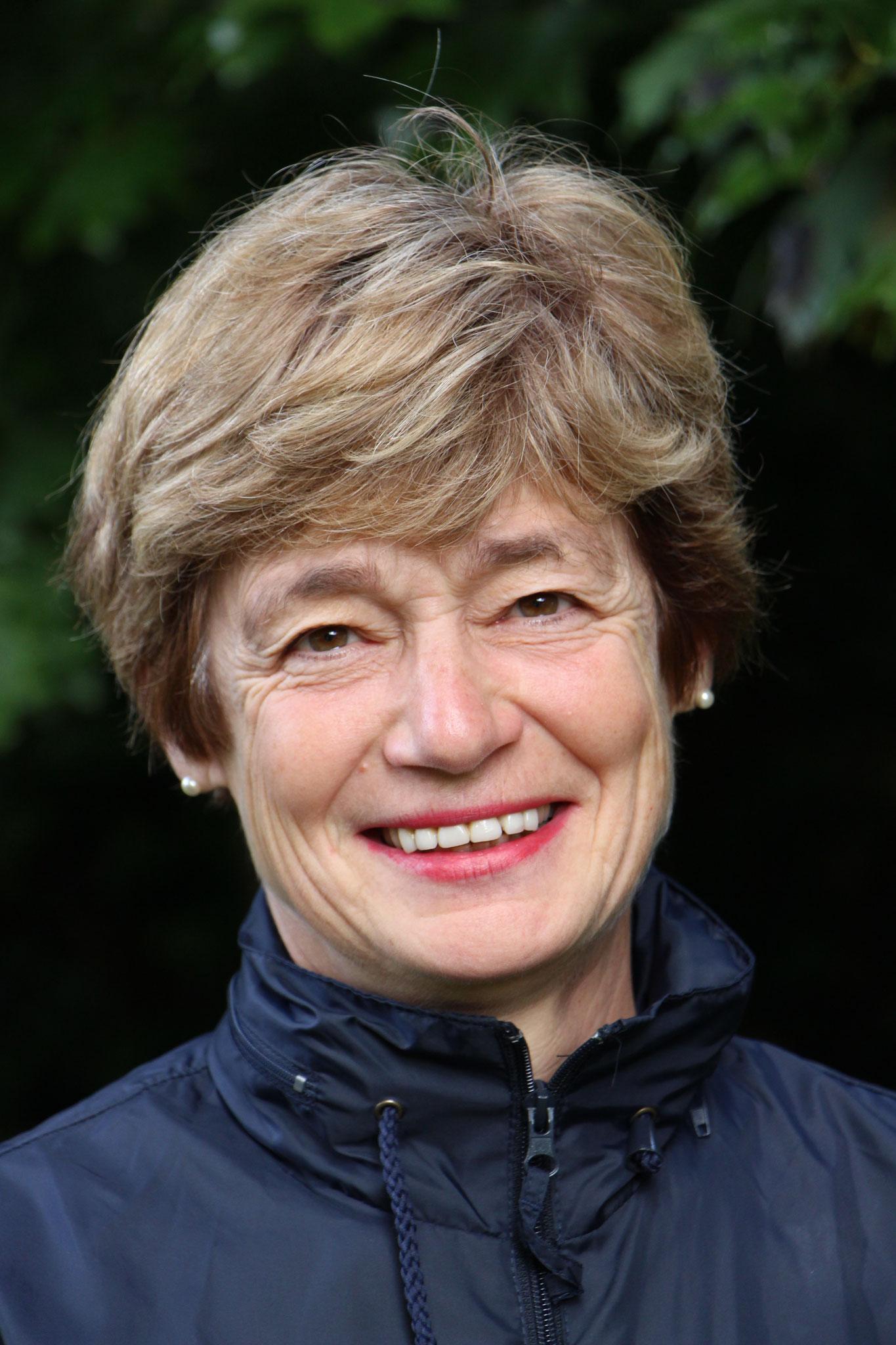 Bernadette Blondel, 63 ans, Retraité (agent territoriale dans le social)