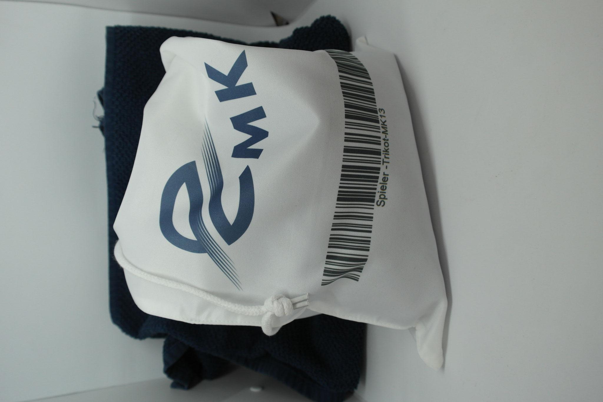 Wäschebeutel mit Vereinsname, Logo, Trikotnummer oder Initialen