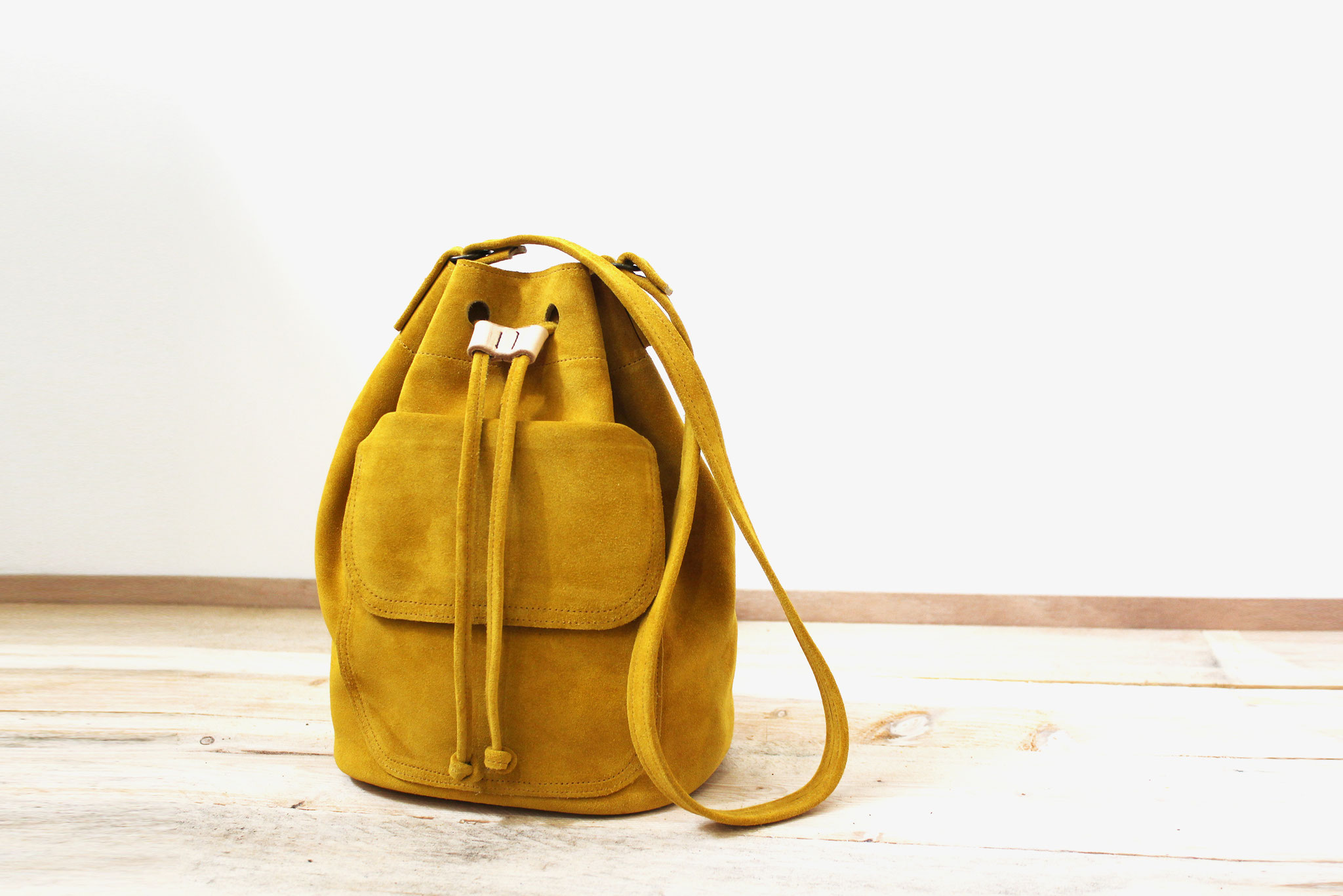 Sac seau jaune moutarde