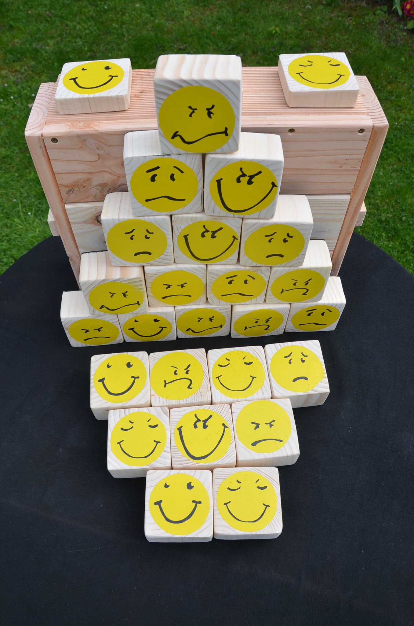 Meine Outdoorspiele: Smiley- Memo 3