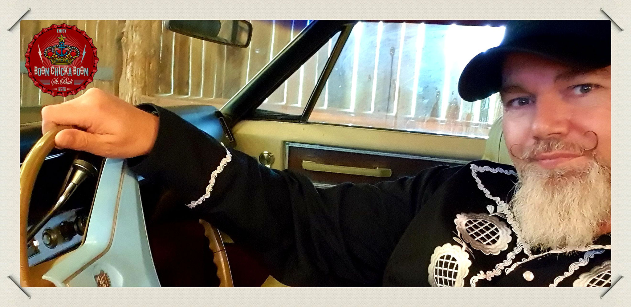 Da sitze ich wirklich in dem berühmtesten Wagen der Country Musik