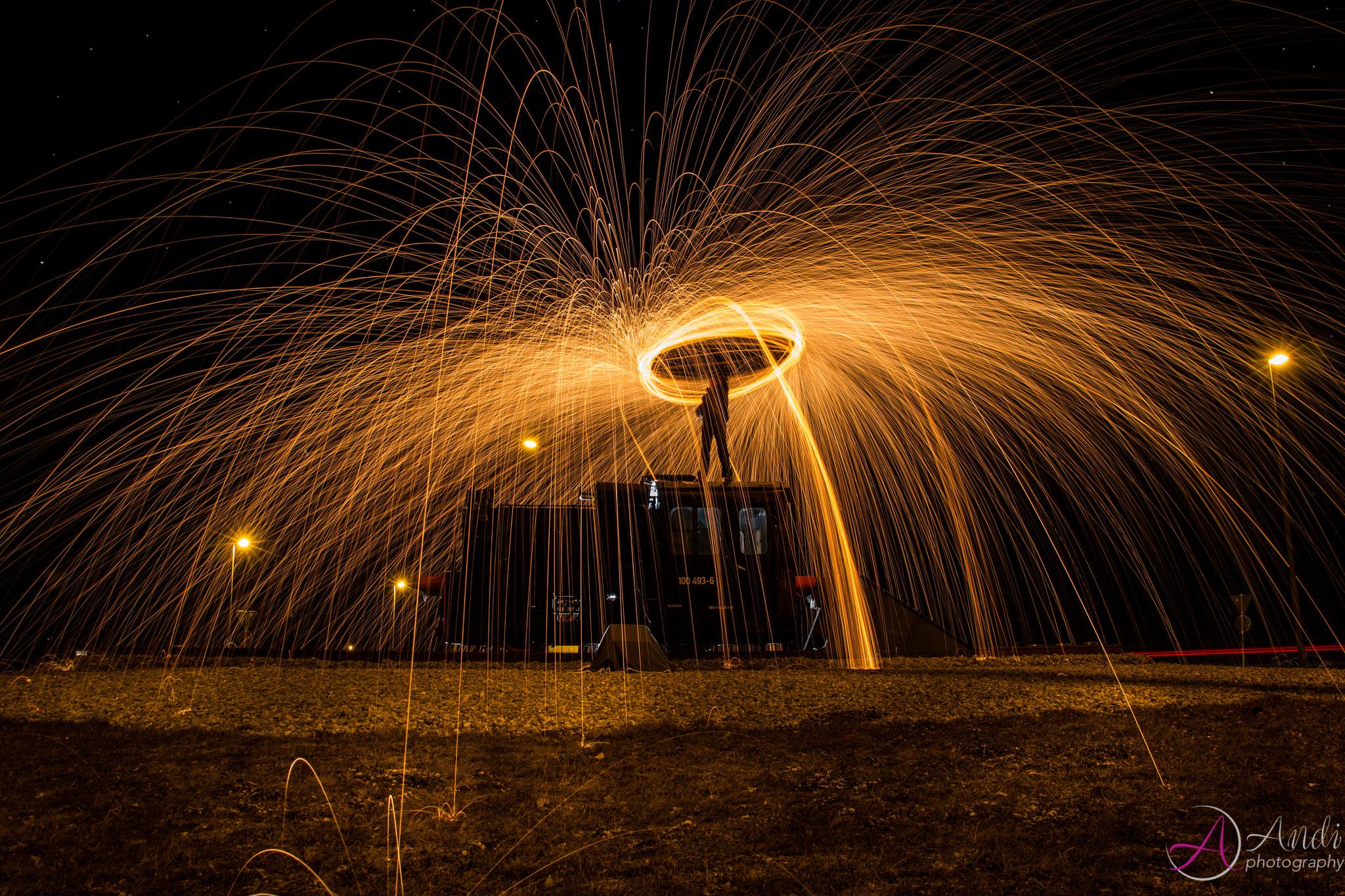 Lightpainting mit Stahlwolle Kreisverkehr
