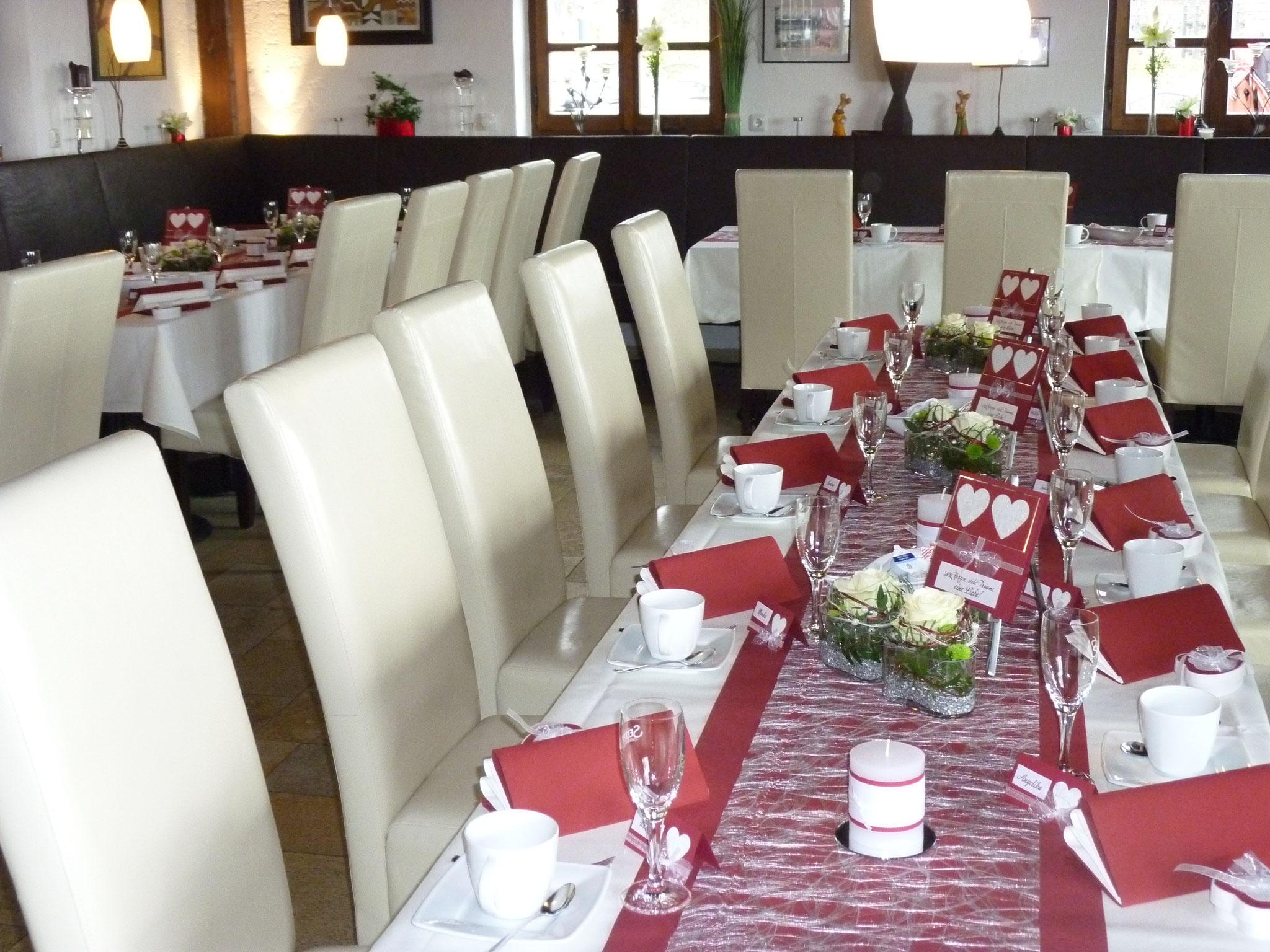 Restaurant Touché Burg Hartenstein Tischdekoration Geburtstag