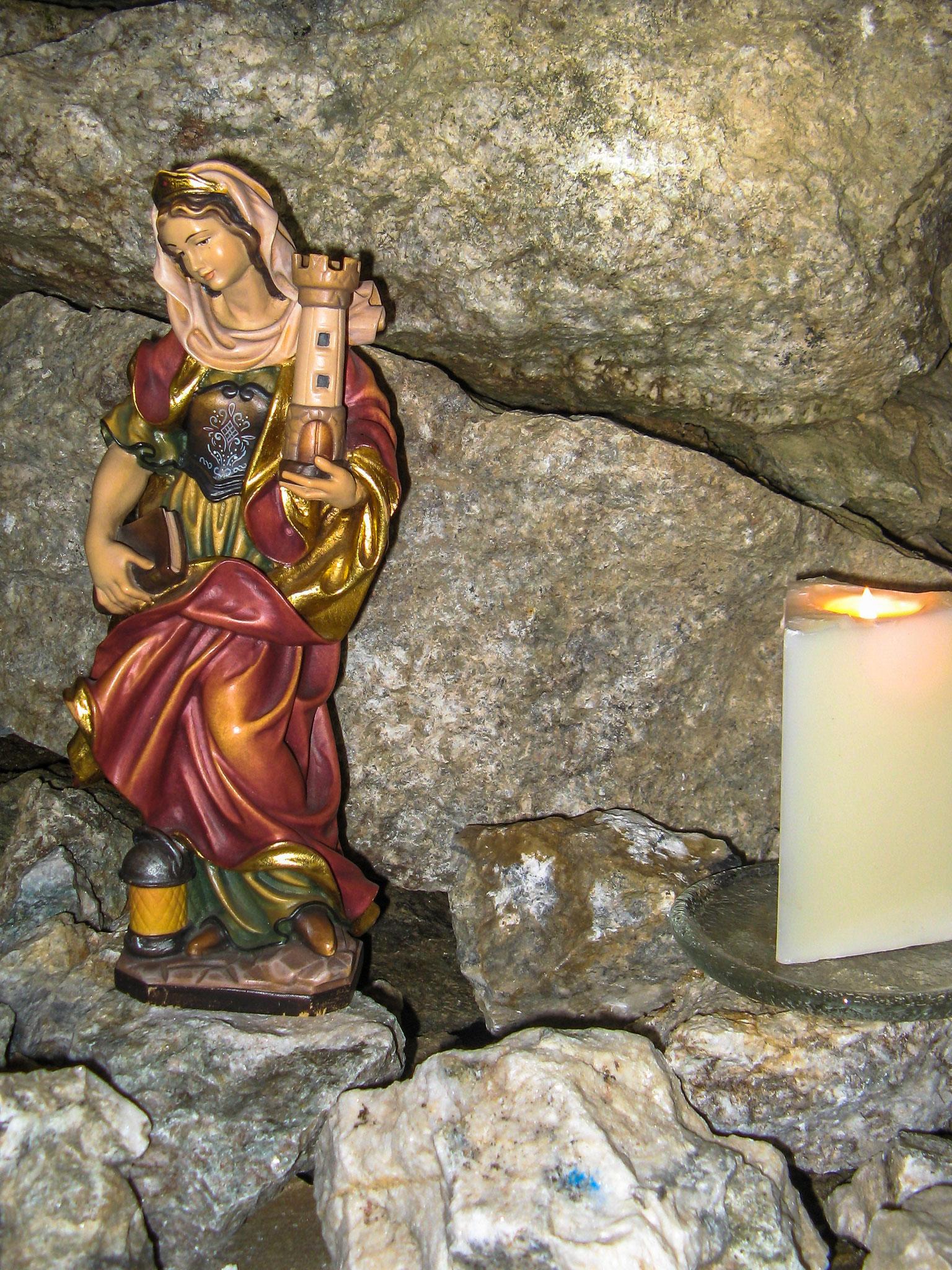 Statue der Heiligen Barbara (Foto: Bruno Riedhauser)
