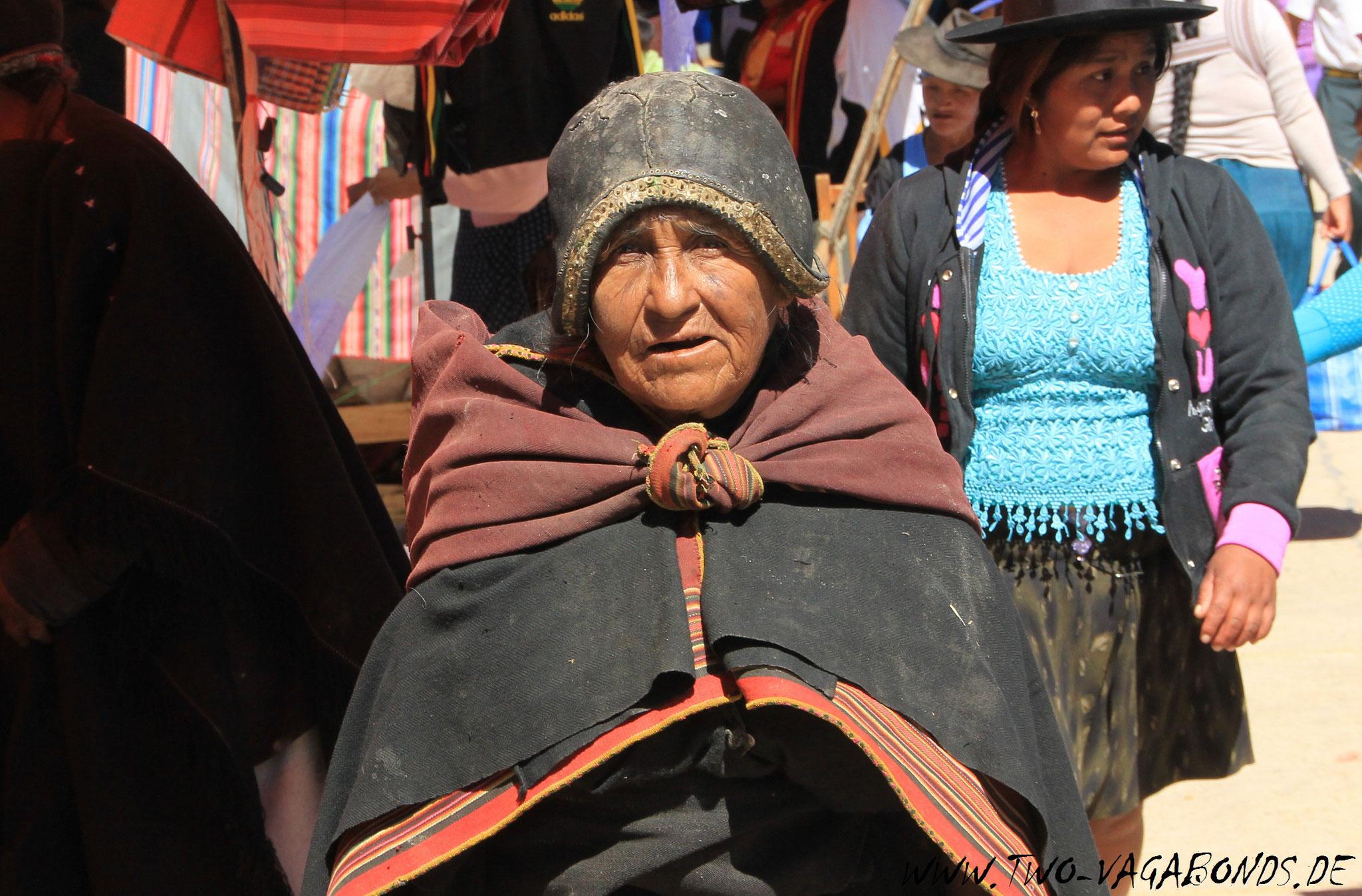 BOLIVIEN 2015 - MARKT IN TARABUCO