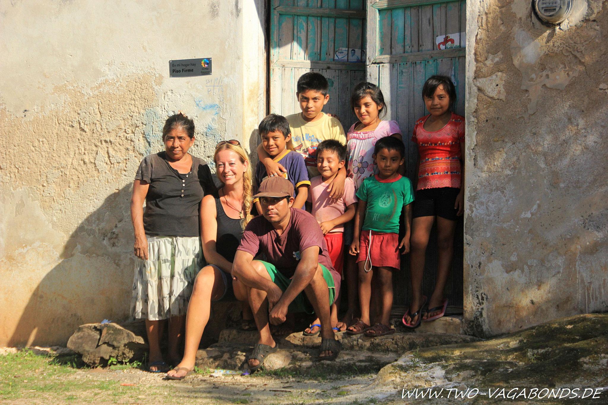 MEXICO 2012 - YUCATAN / ZU BESUCH BEI EINER MAYA FAMILIE