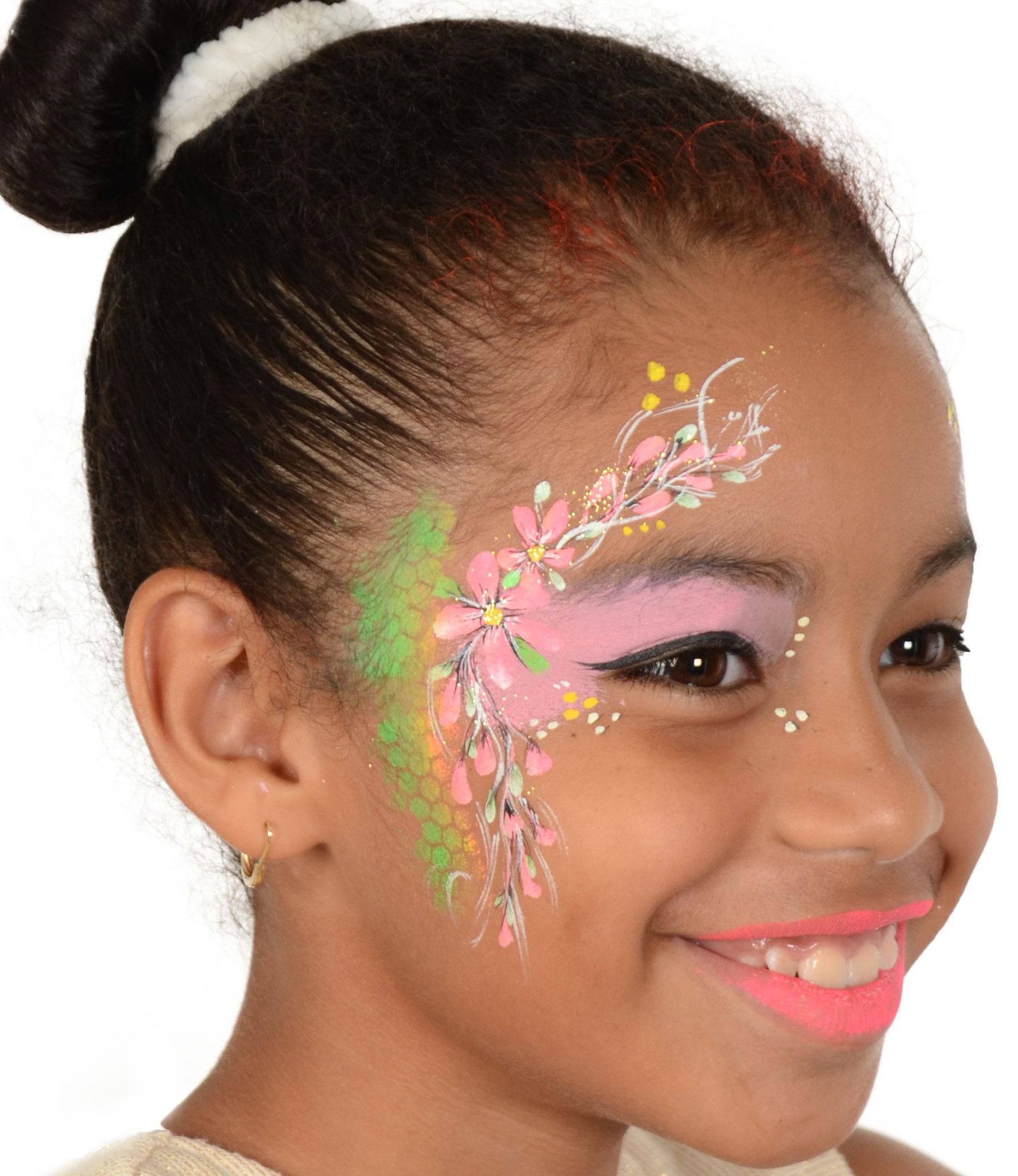Blumenfee kinderschminken