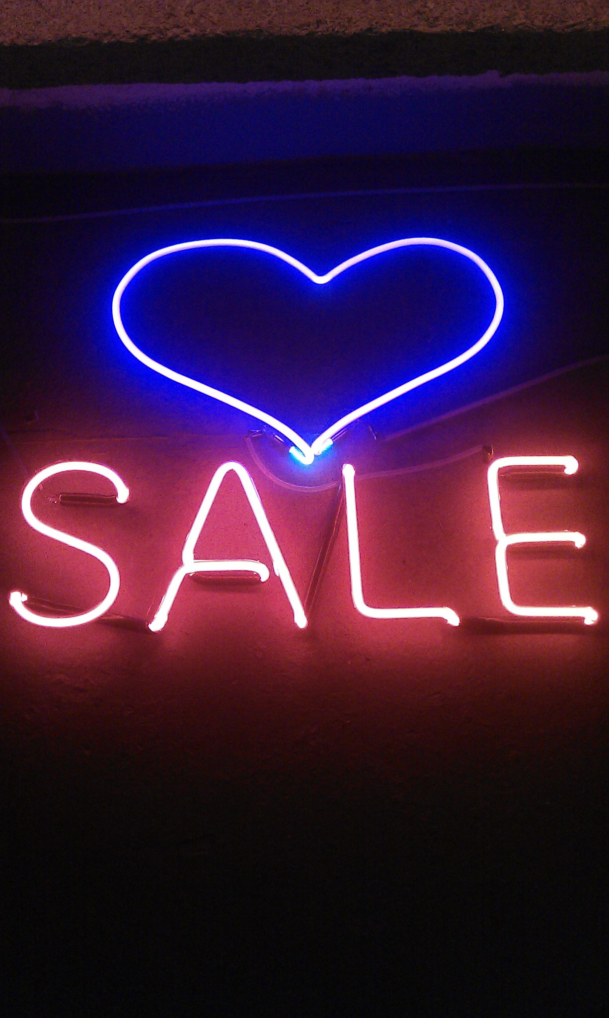 Neon Berlin Sale // Neon Joecks Berlin