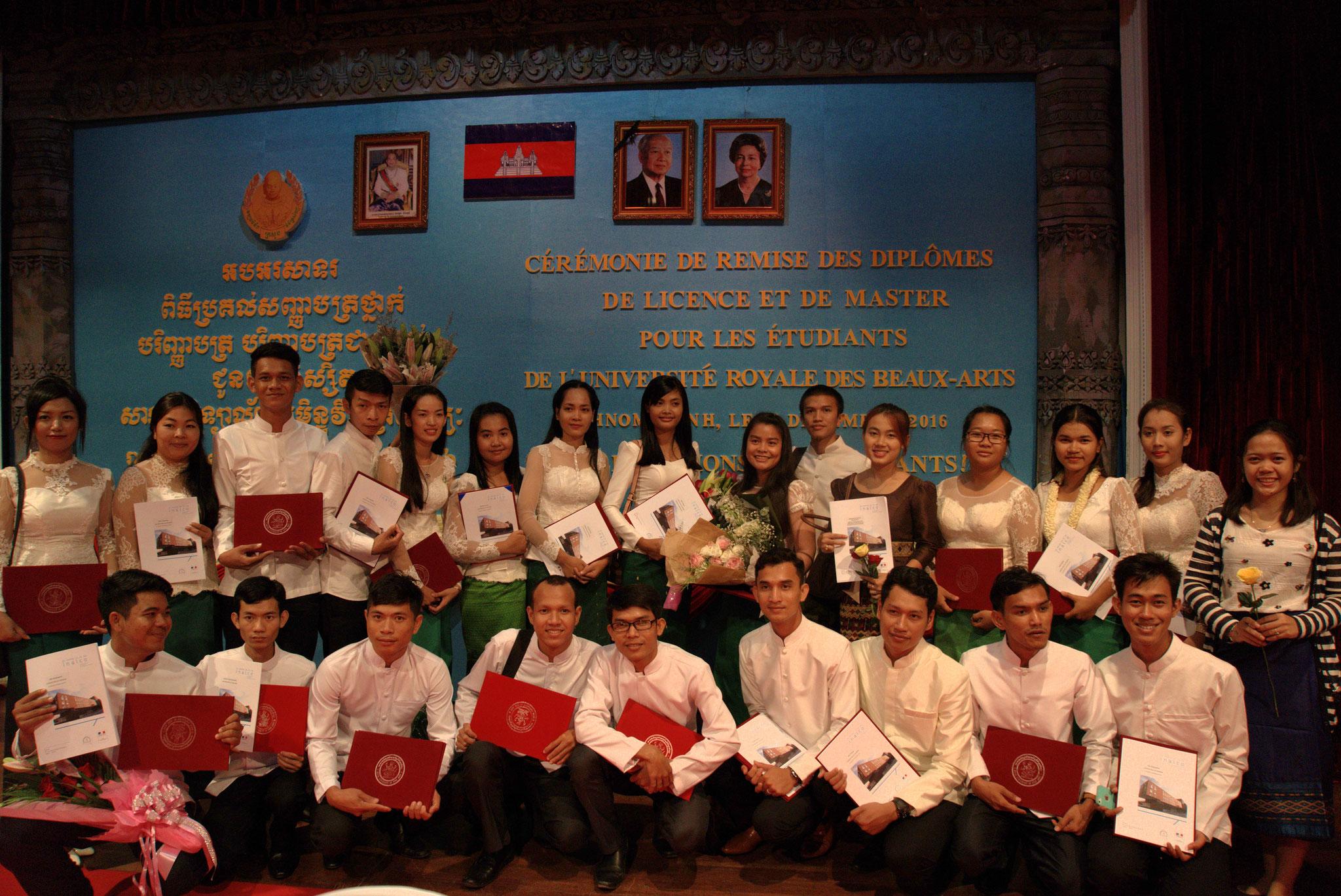 Cérémonie de remise des diplômes, Chaktomuk Hall, 15 décembre 2016