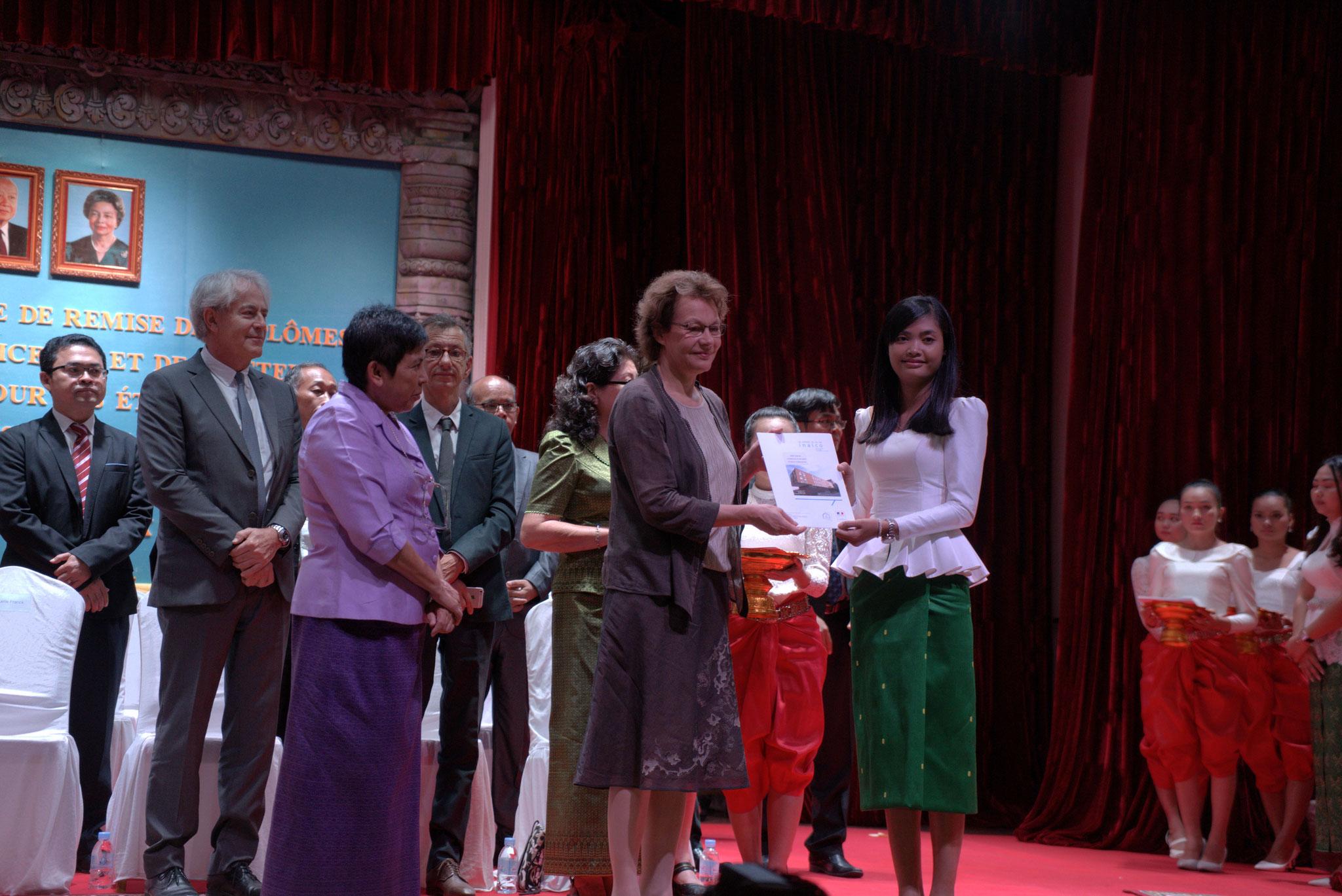 Cérémonie de remise des diplômes, en présence de SE la Ministre de la Culture et la Présidente de l'INALCO, 15 décembre 2016