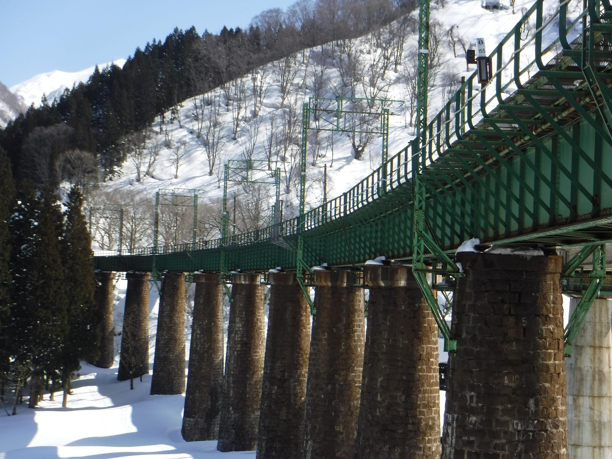 12:30 ここまで来れば、車を置いた毛渡沢橋まですぐ