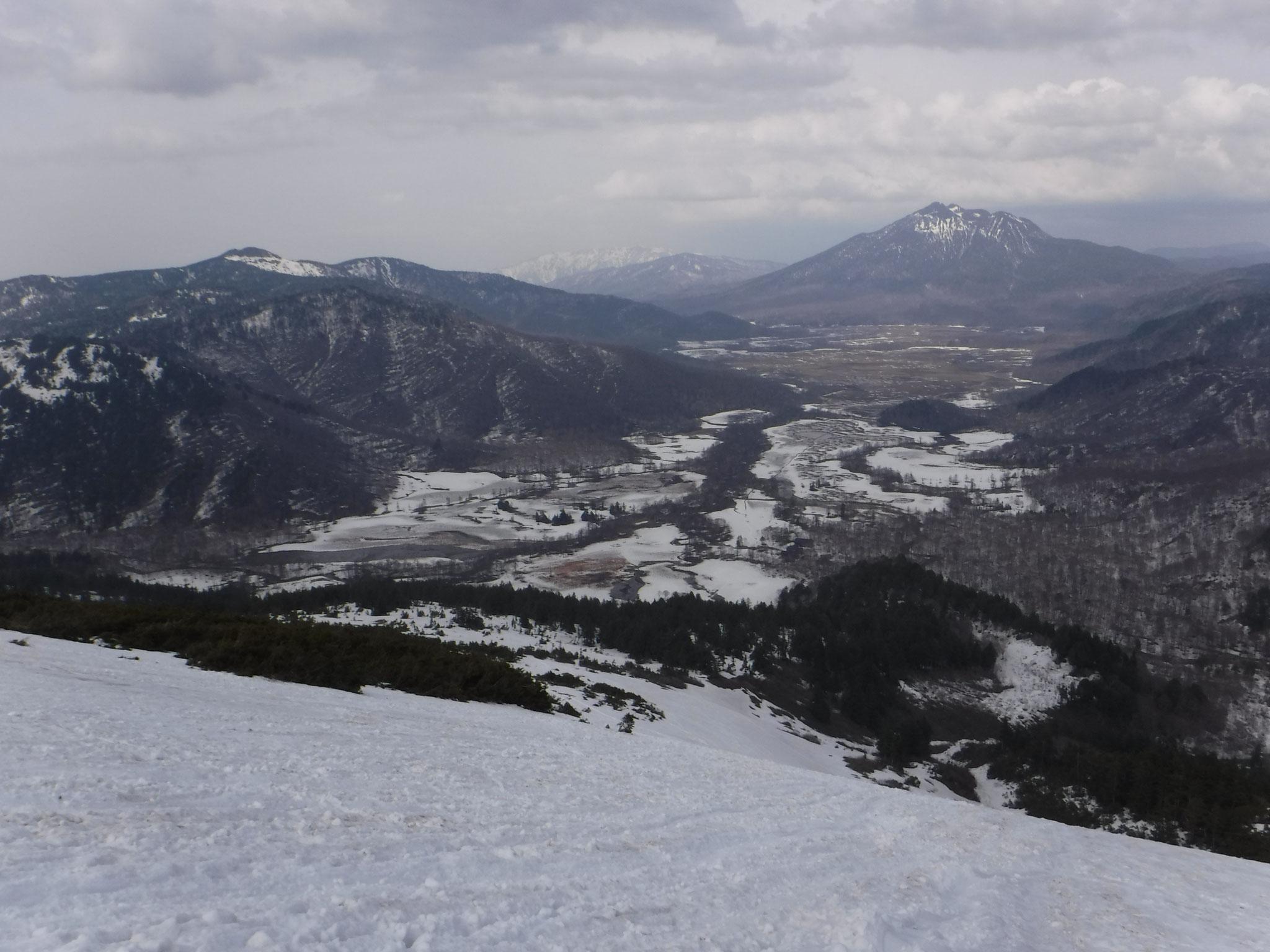 14:50 尾瀬ヶ原、牛首から先の雪が少ない
