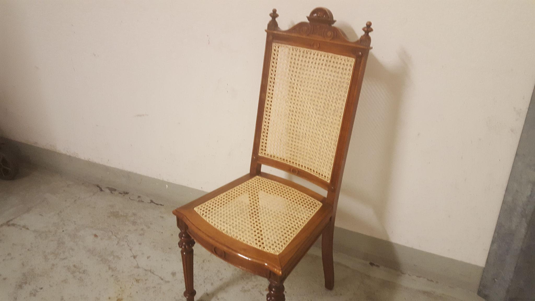 Der Stuhl in neuer Schönheit