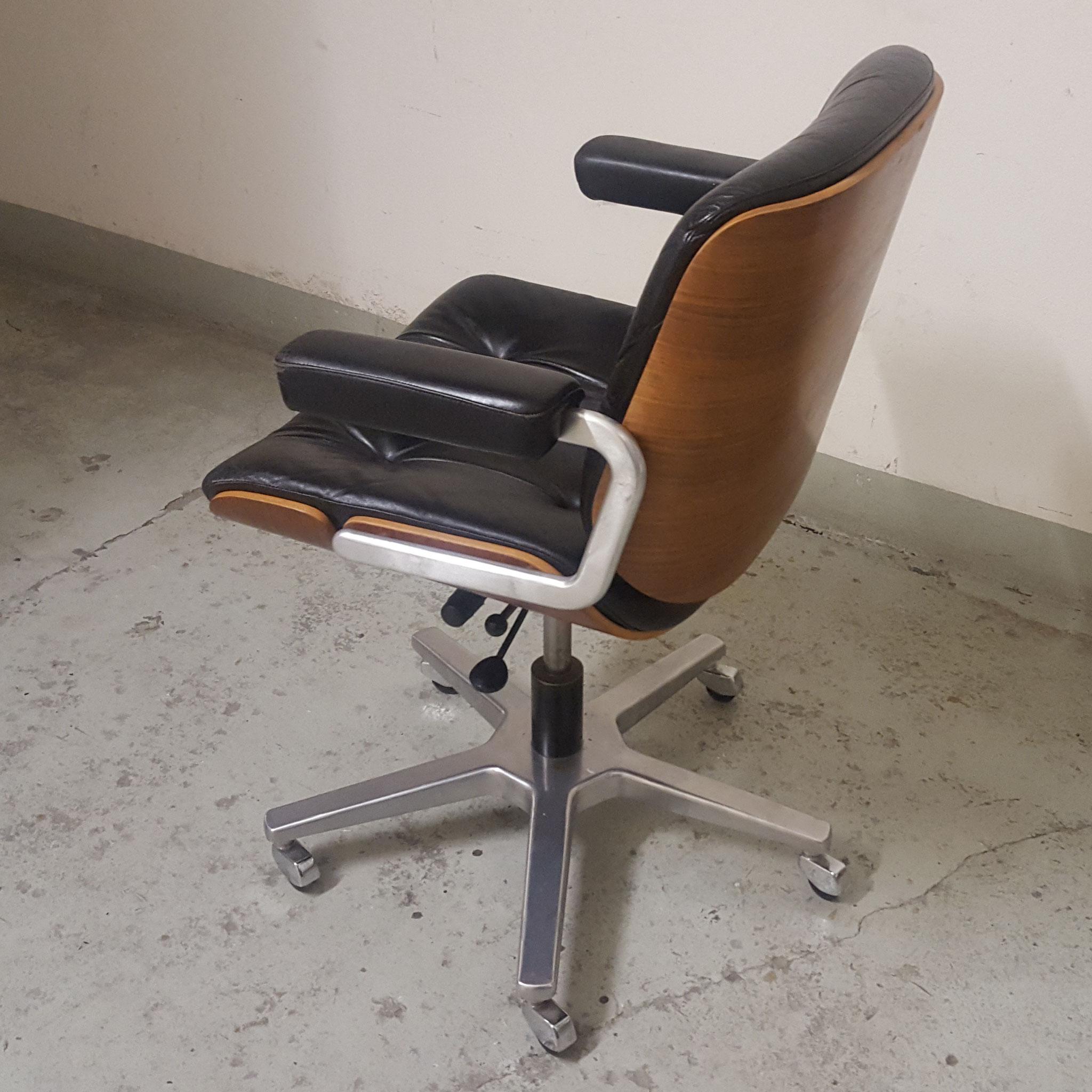 Design Bürostuhl auffrischen