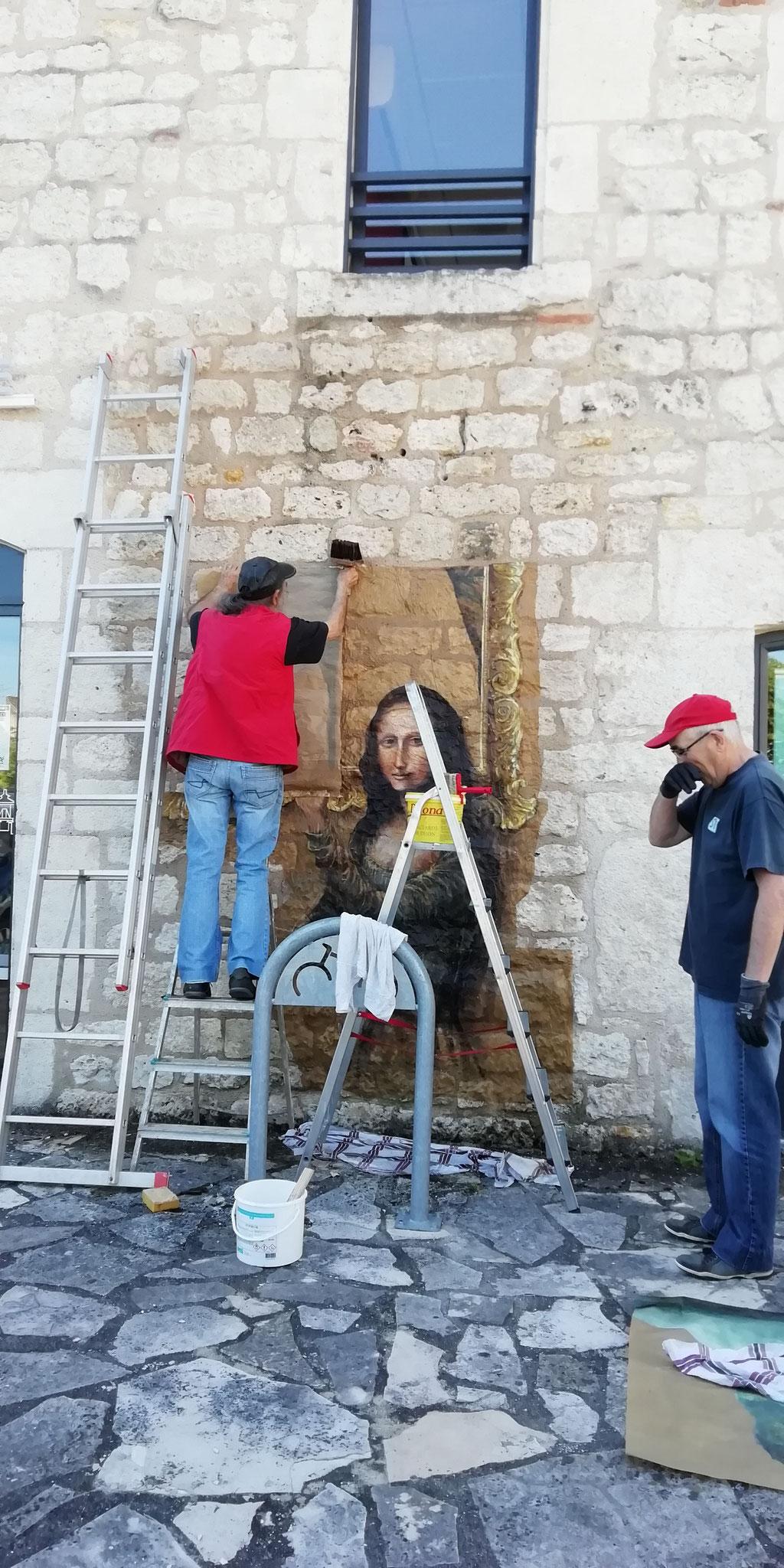 installation de Mona Lisa - B. Perrone