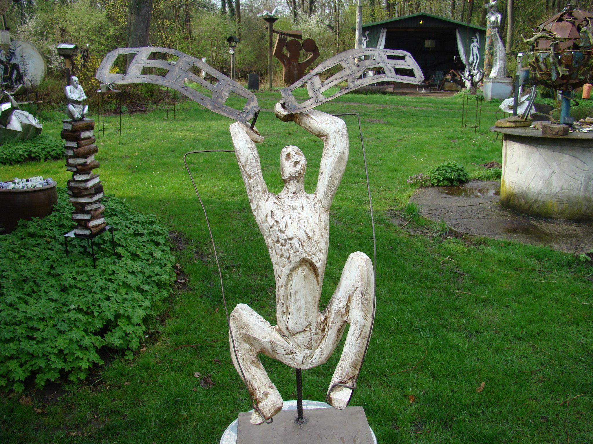 Ikarus, Eiche-Stahl, 2012, 65 x 30 x 15 cm