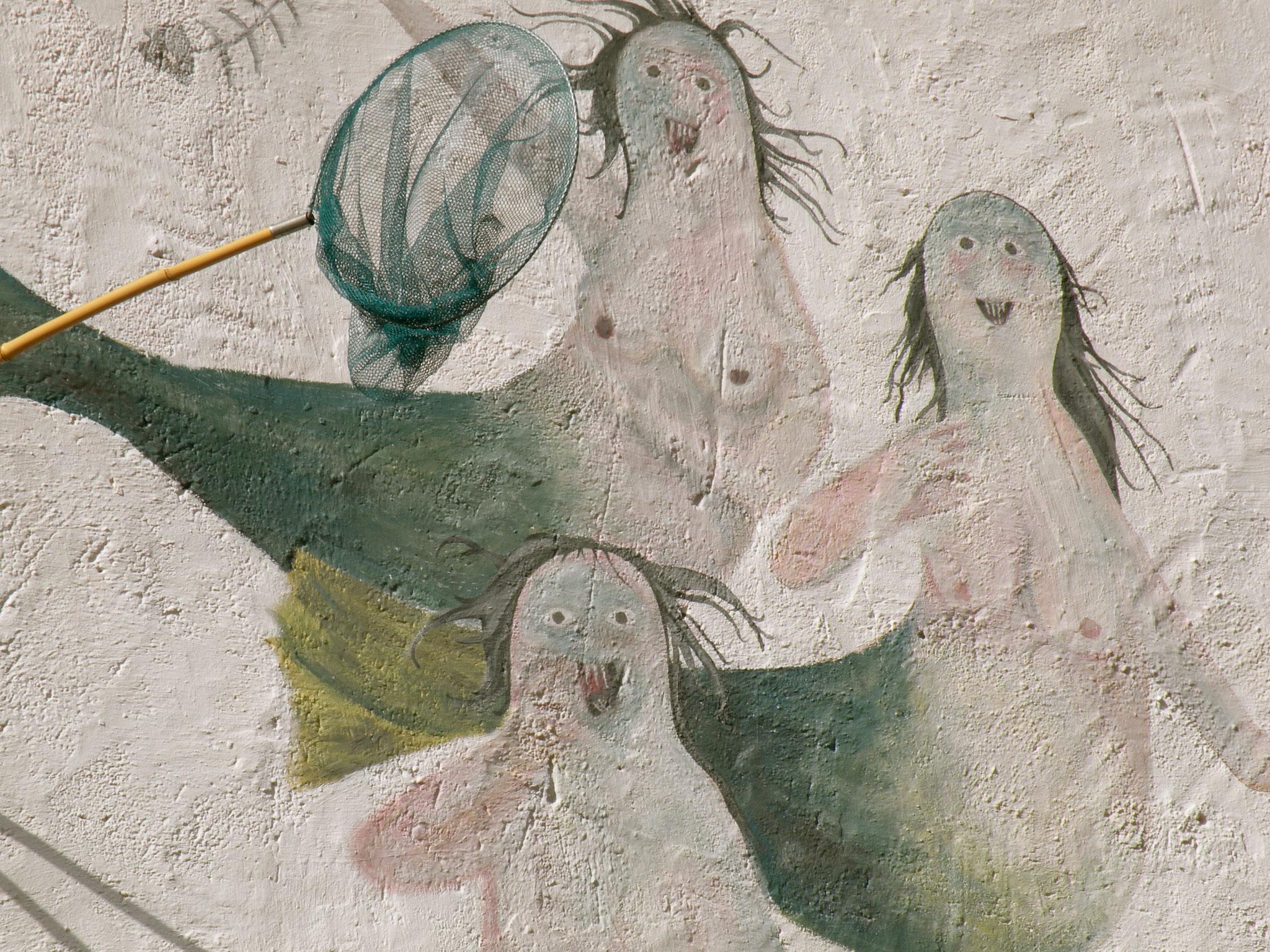 The ugly mermaids of Sa Tuna