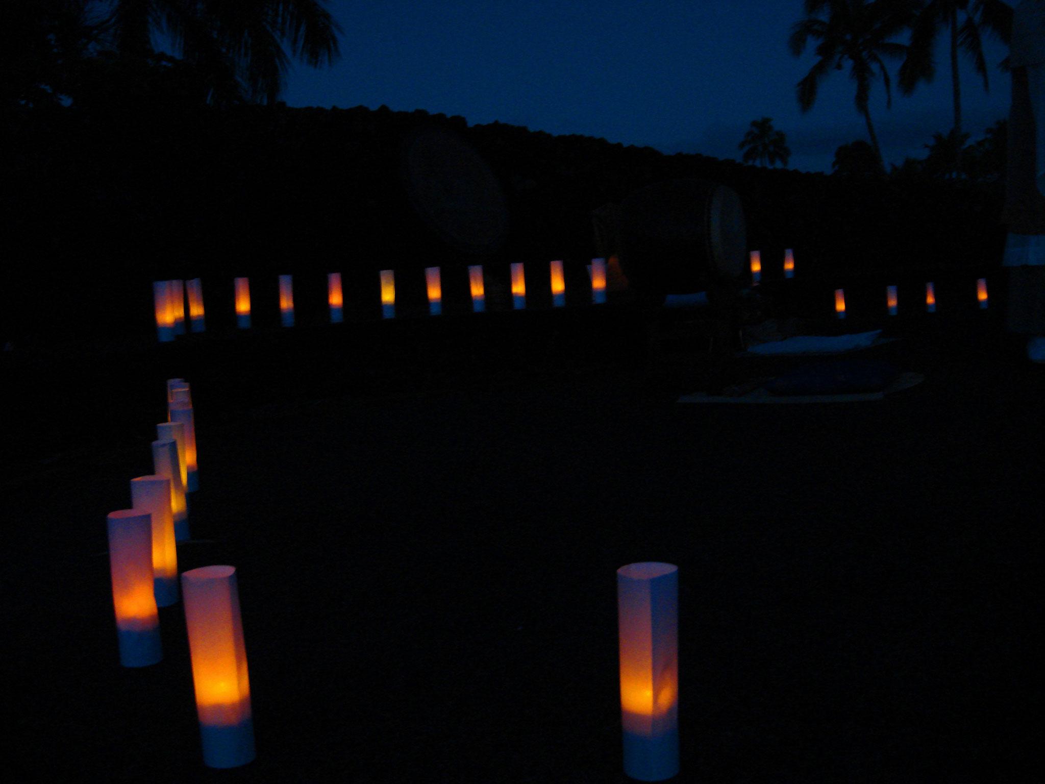 津波追悼中心部での法要