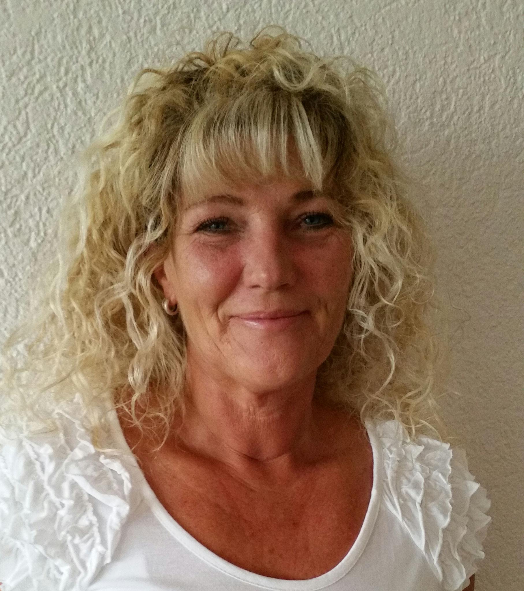 Yvonne Frey (Dipl. APM-Akupunktmassage Therapeutin)