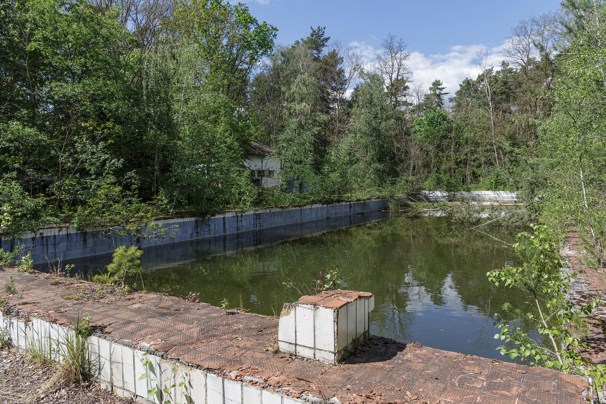 Open air swimming pool, 2019
