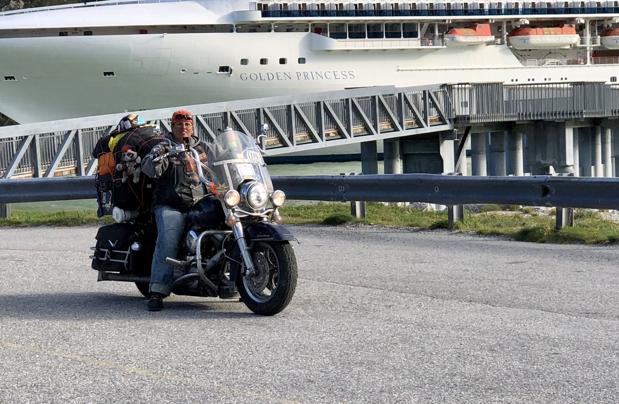 "Miss ""Harley Davidson"" from New York to Alaska and back in 8 Weeks"
