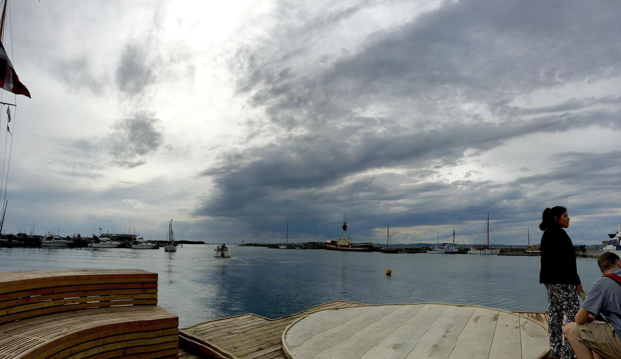 Wolken aus denen es in Ebeltoft nicht! regnet