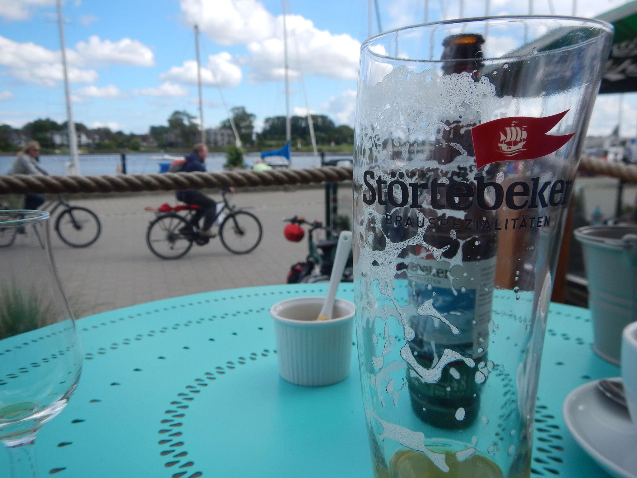 Störtebeker Biere- Szenemarke mit viel TamTam aber auch Geschmack aus Stralsund. Auch in der Elphi zu finden