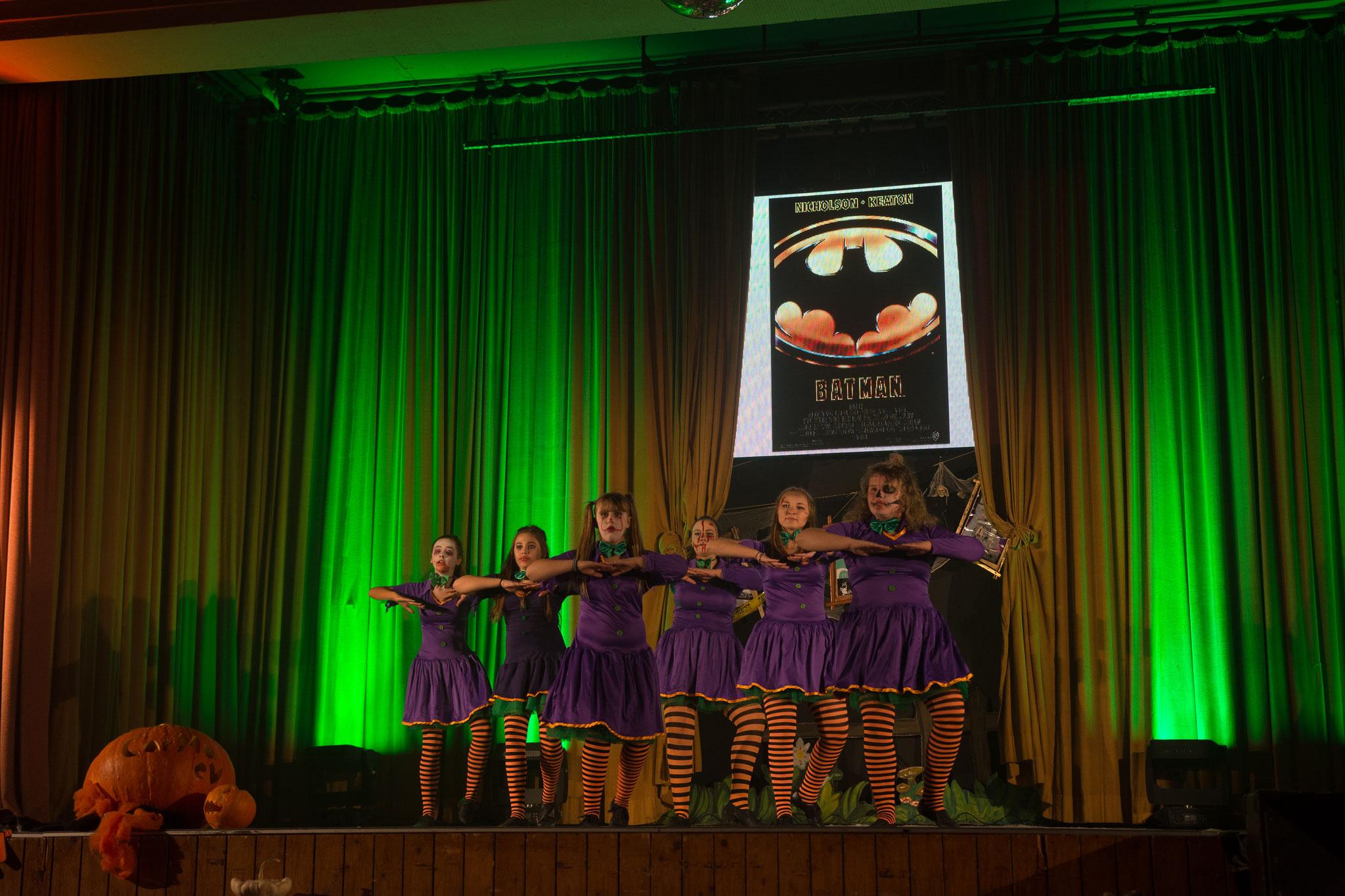 CarMa Chicks YoungStars - Batdance